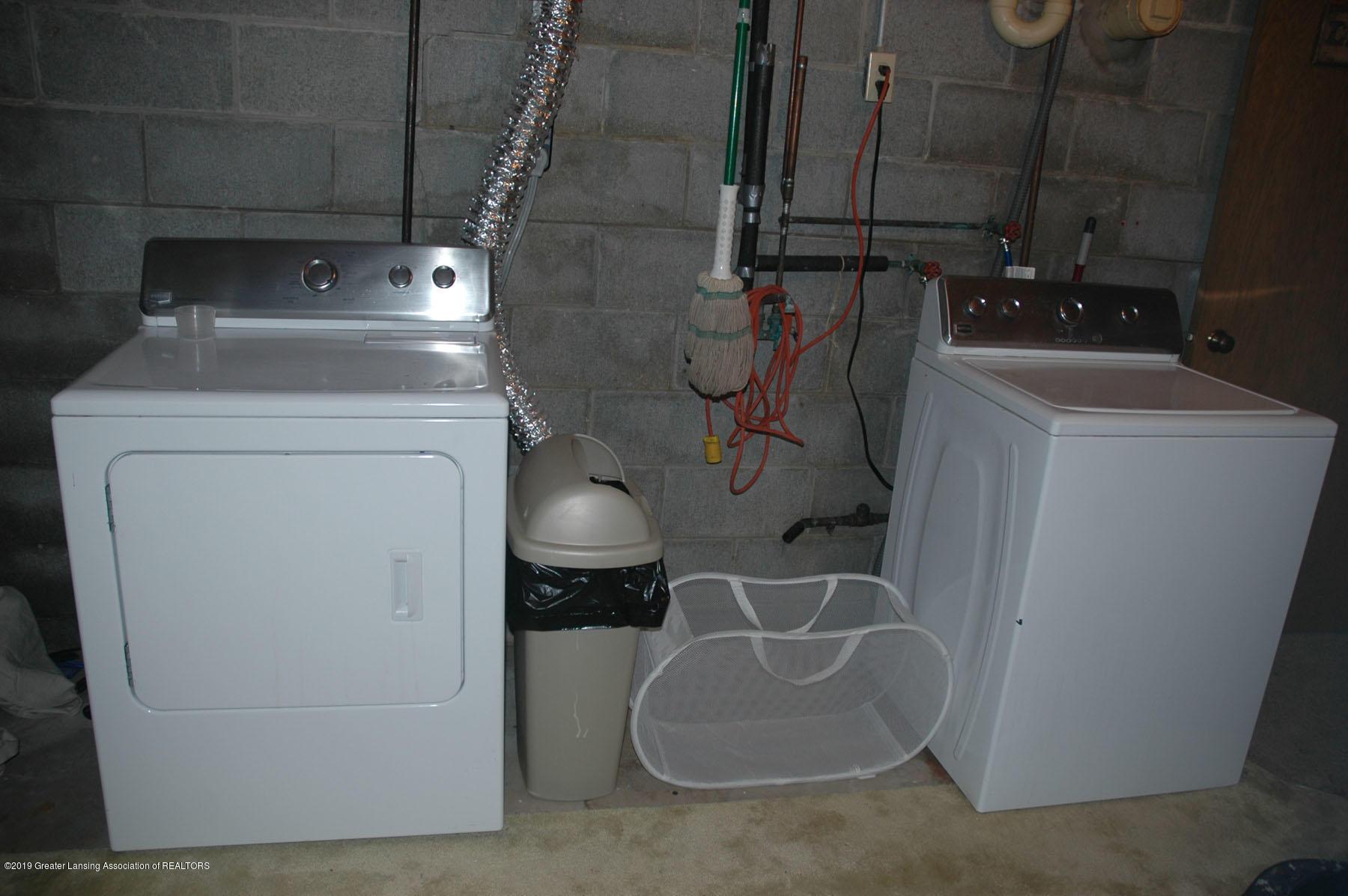 1971 N Michigan Rd - Laundry Room - 43