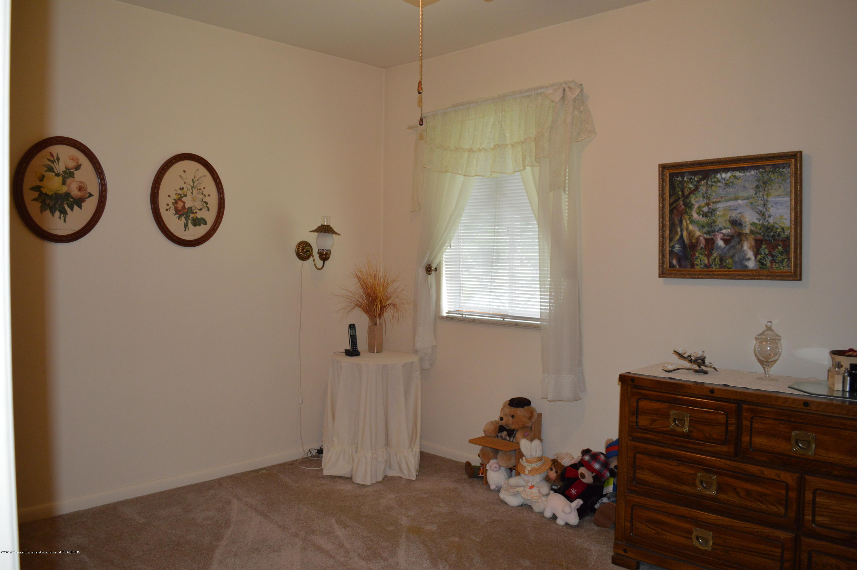 9320 Looking Glass Brook Dr - BEDROOM 3 - 12
