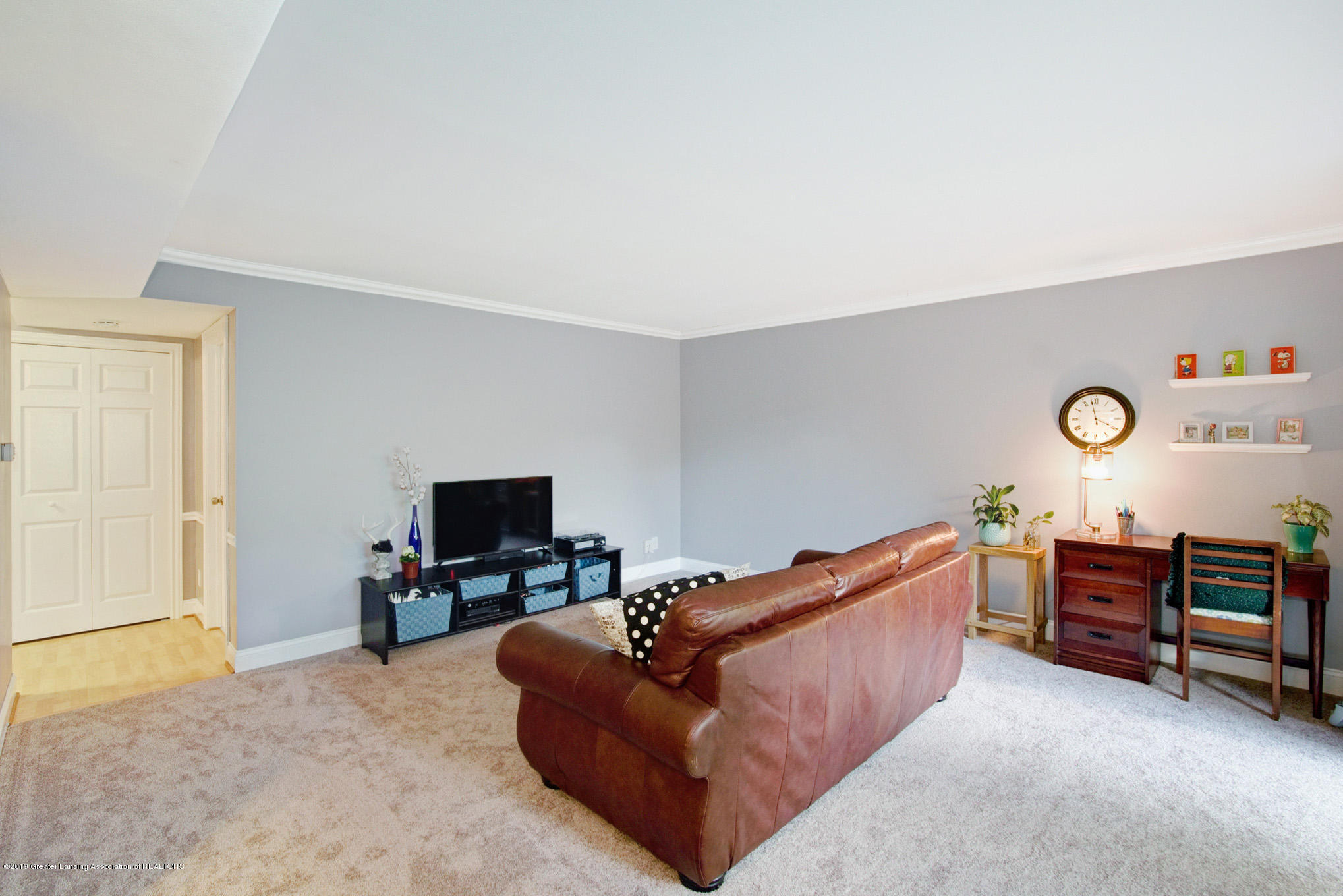 6164 Cobblers Dr APT 95 - Living Room - 7