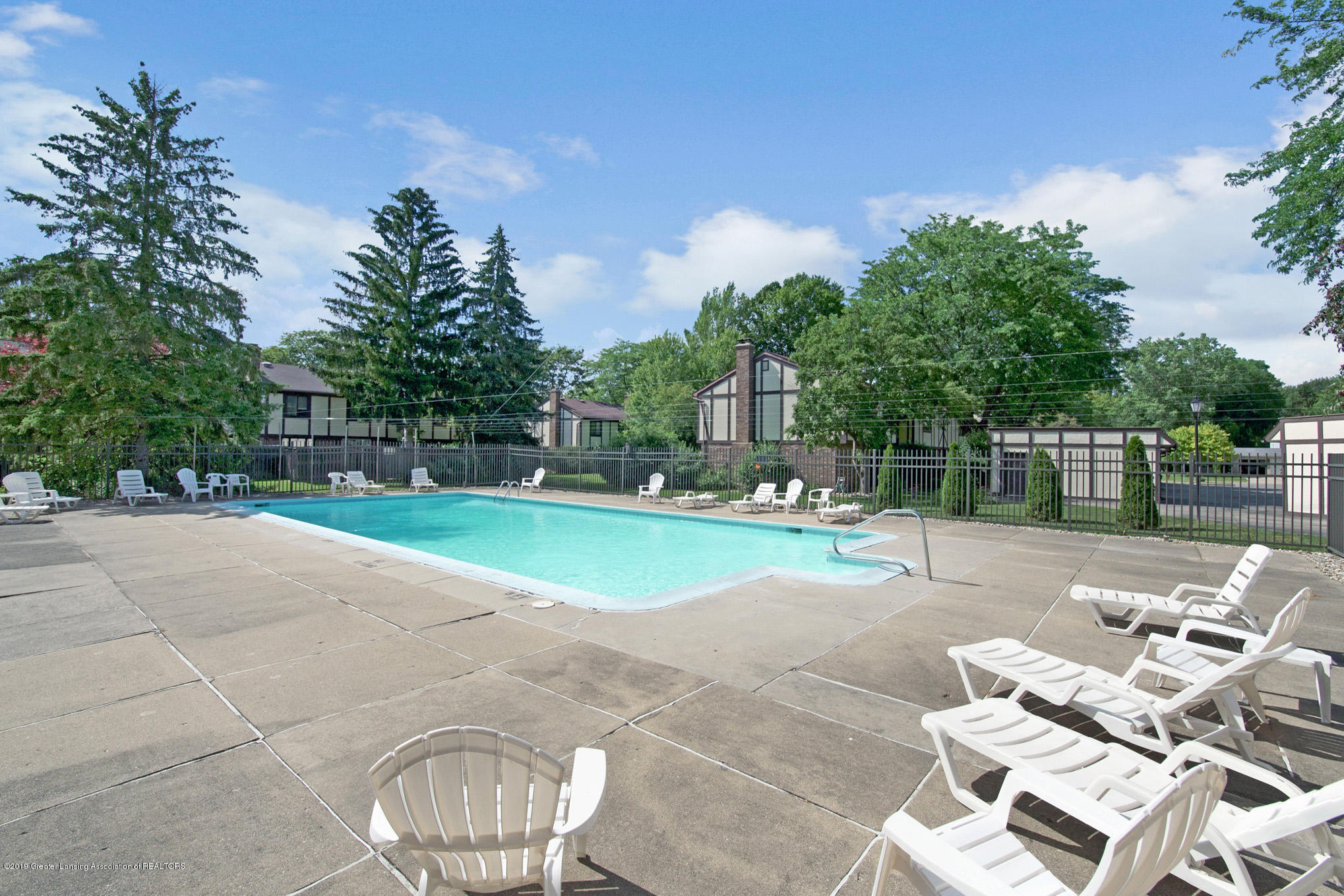 6164 Cobblers Dr APT 95 - Pool - 31