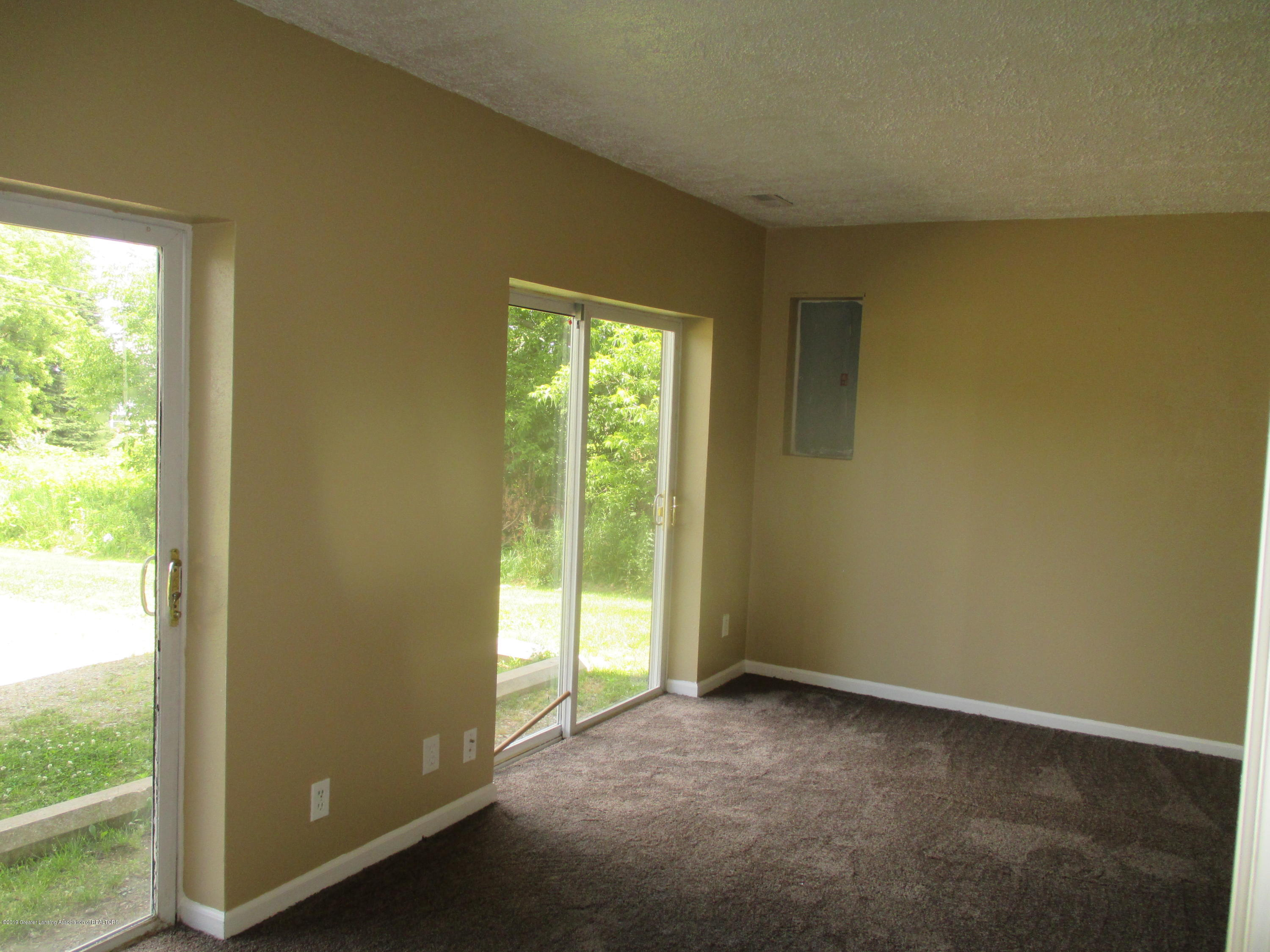 9226 Highland View Dr - IMG_6407 - 17