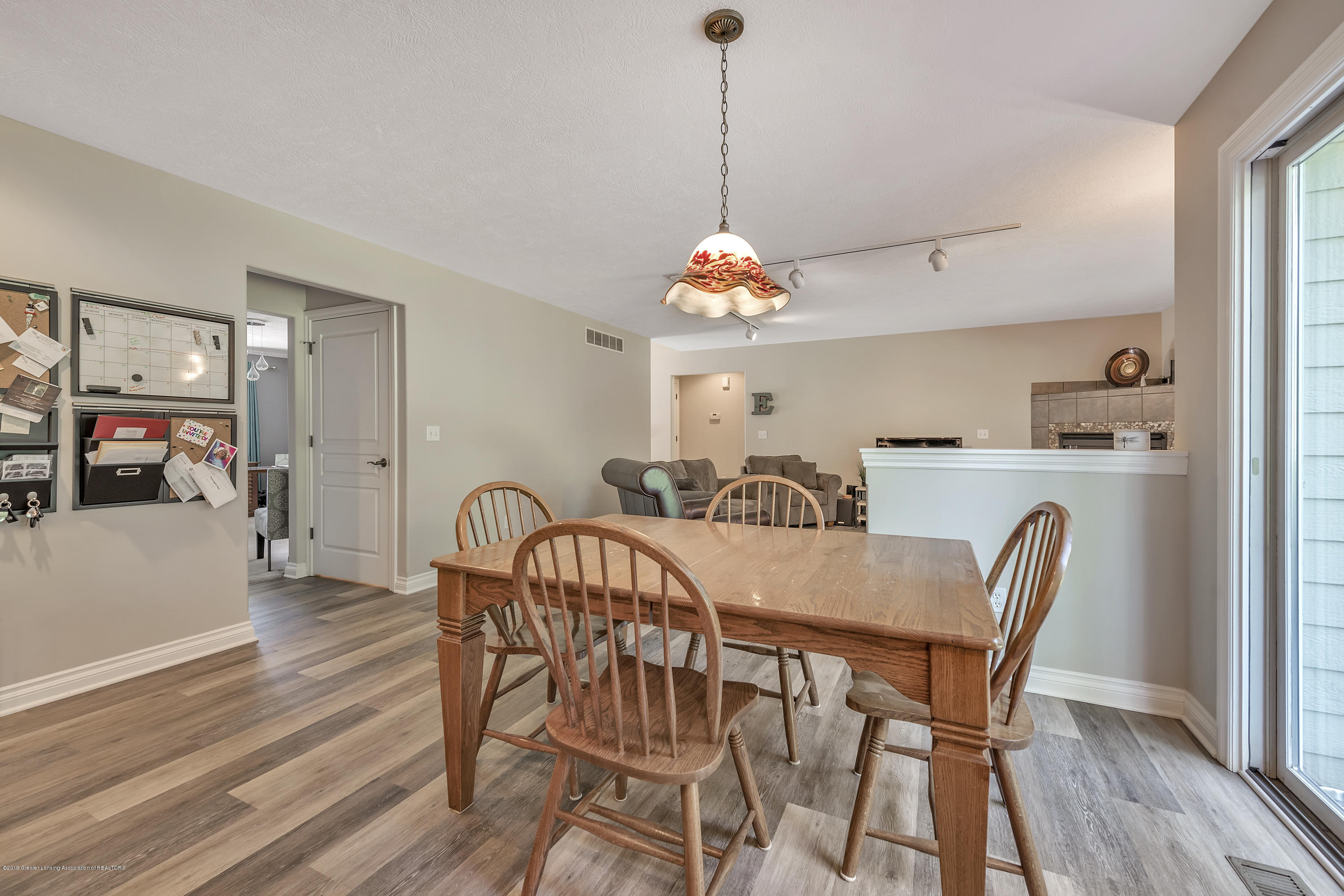 1058 Buckingham Rd - Dining Area - 20