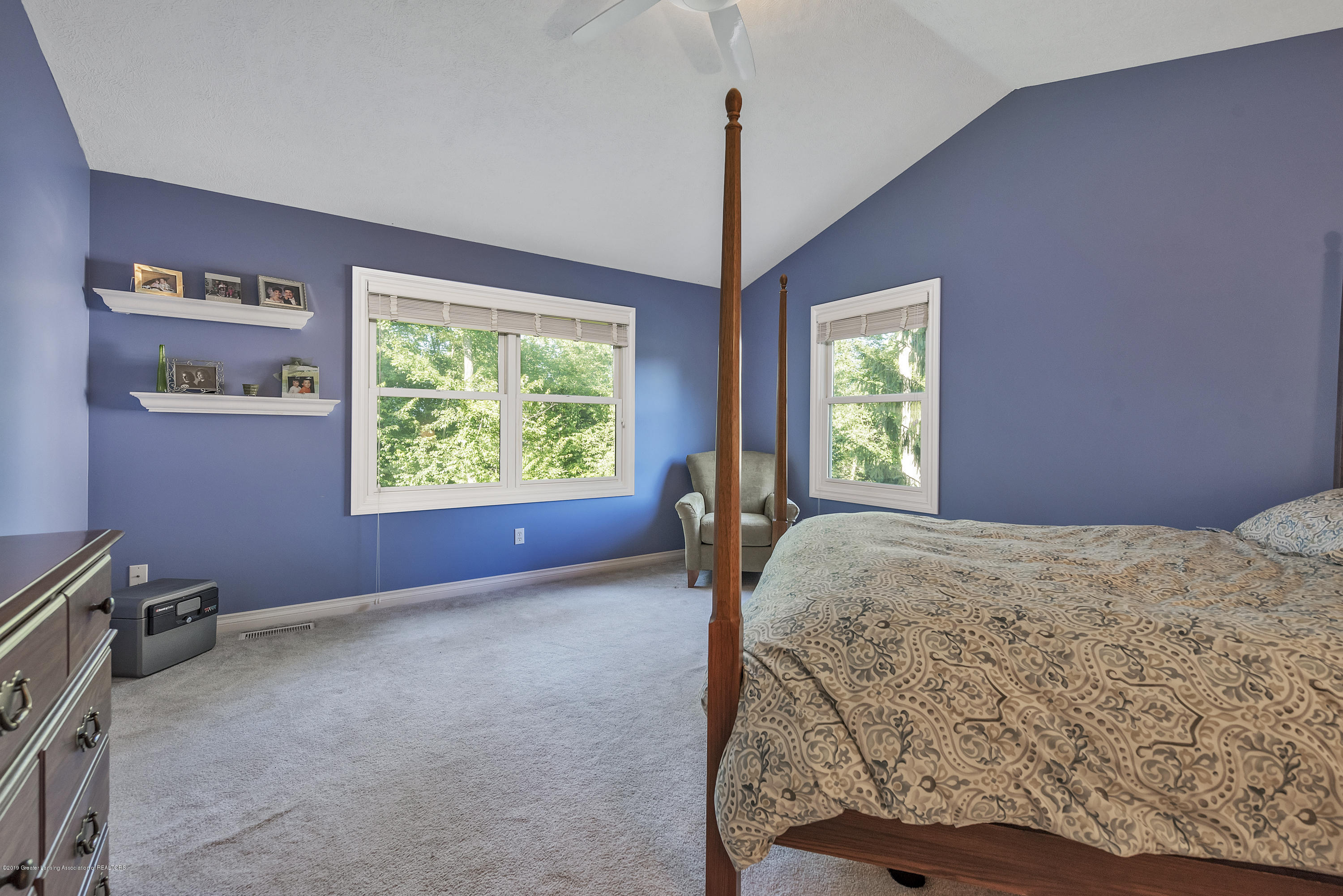1058 Buckingham Rd - Master Bedroom - 28