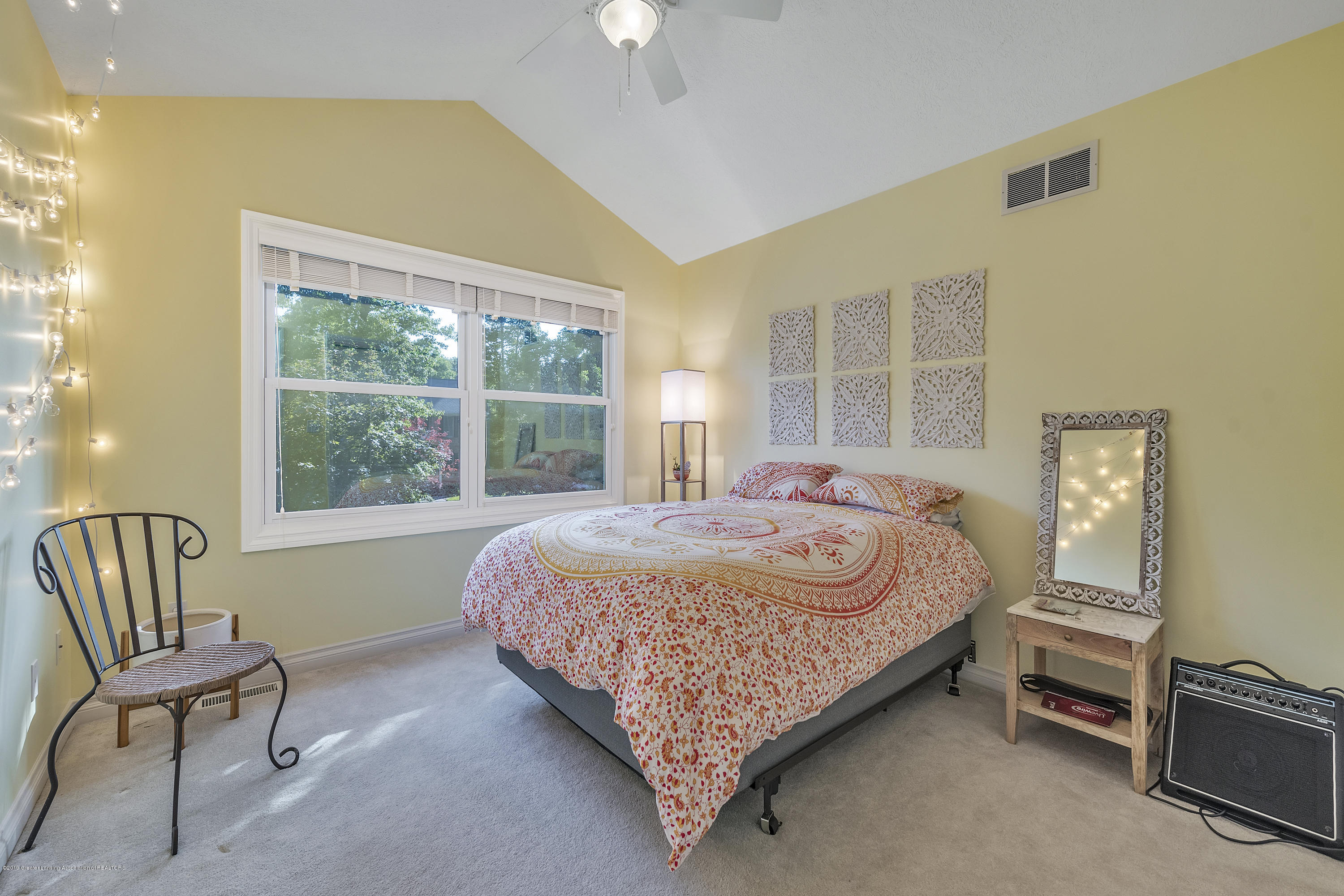 1058 Buckingham Rd - Bedroom 2 - 33
