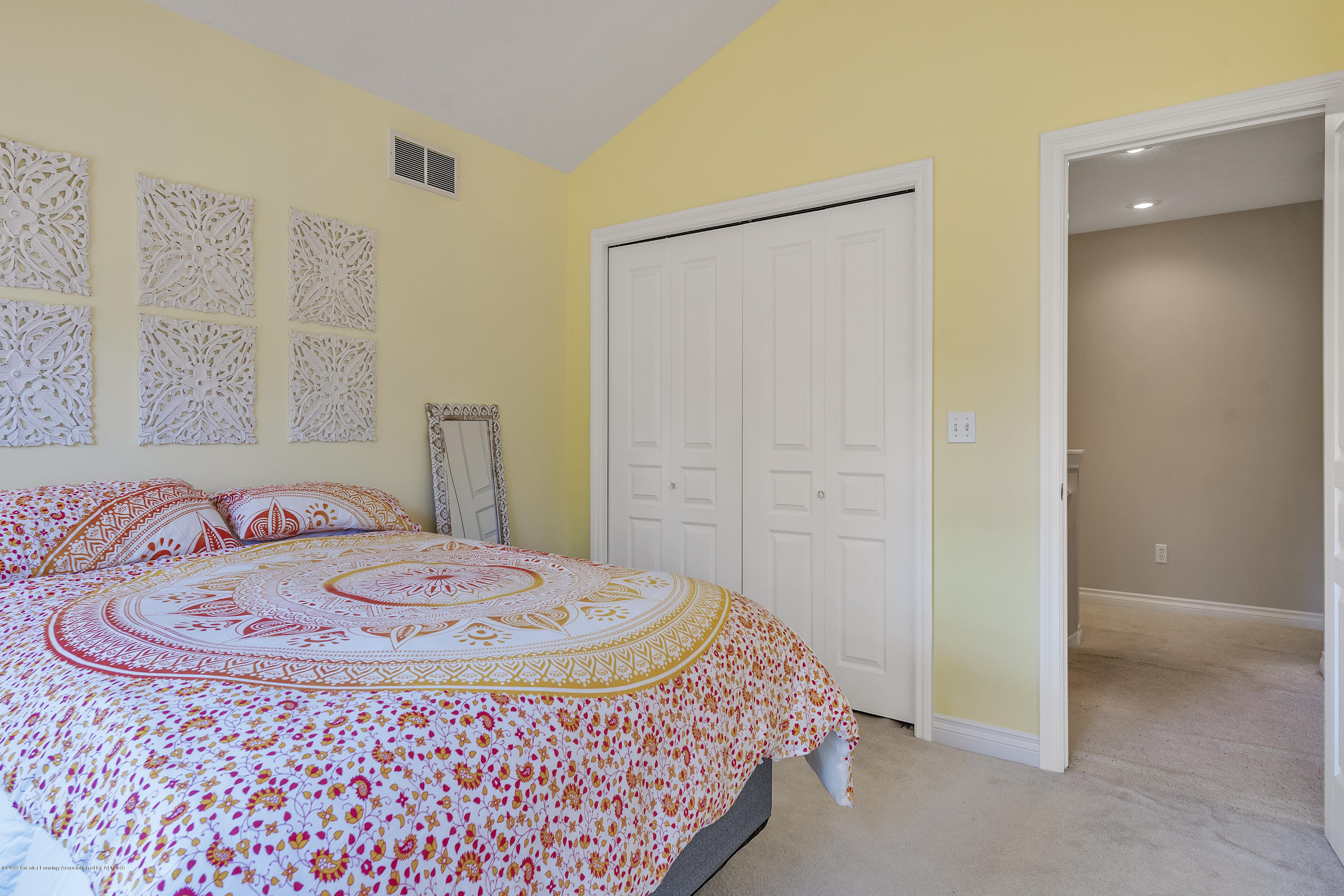 1058 Buckingham Rd - Bedroom 2 - 34