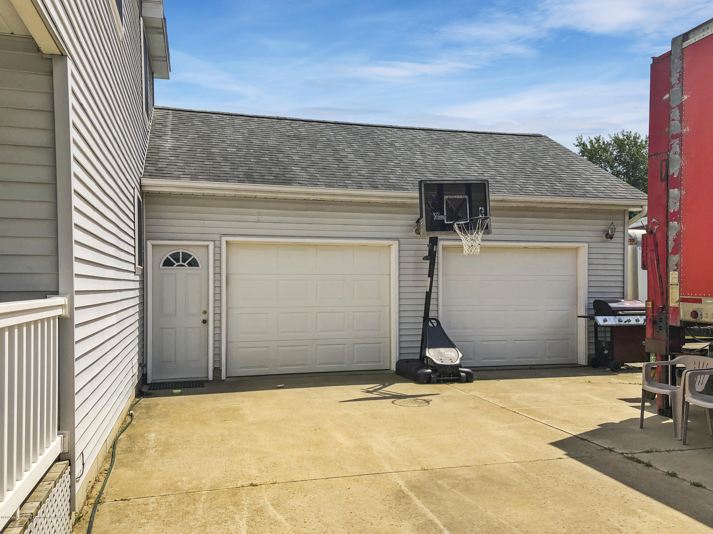 8283 S Forest Hill Rd - 2 car attached garage - 33