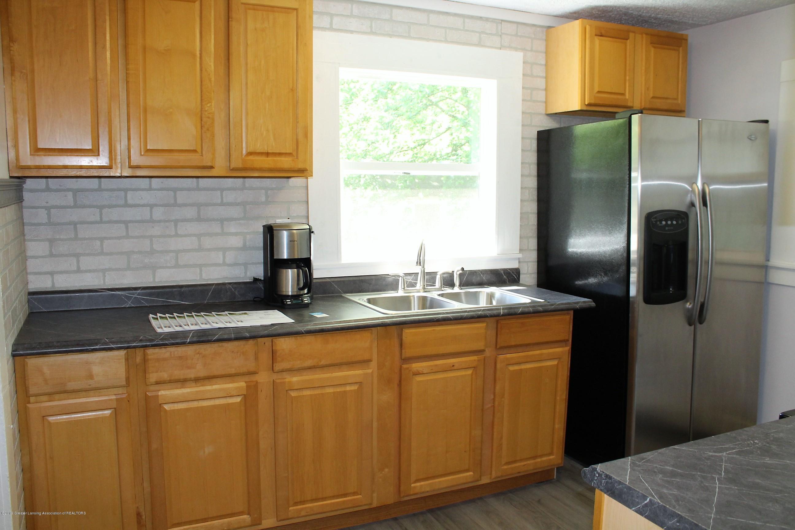 120 Astor Ave - Kitchen - 12