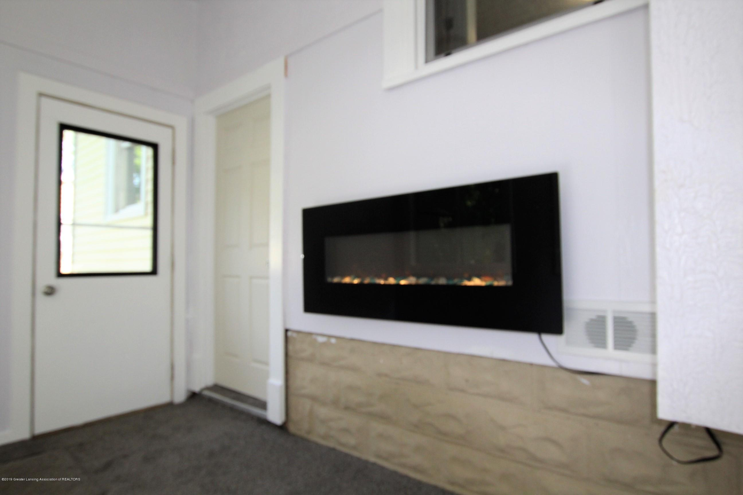 120 Astor Ave - Electric Fireplace - 26