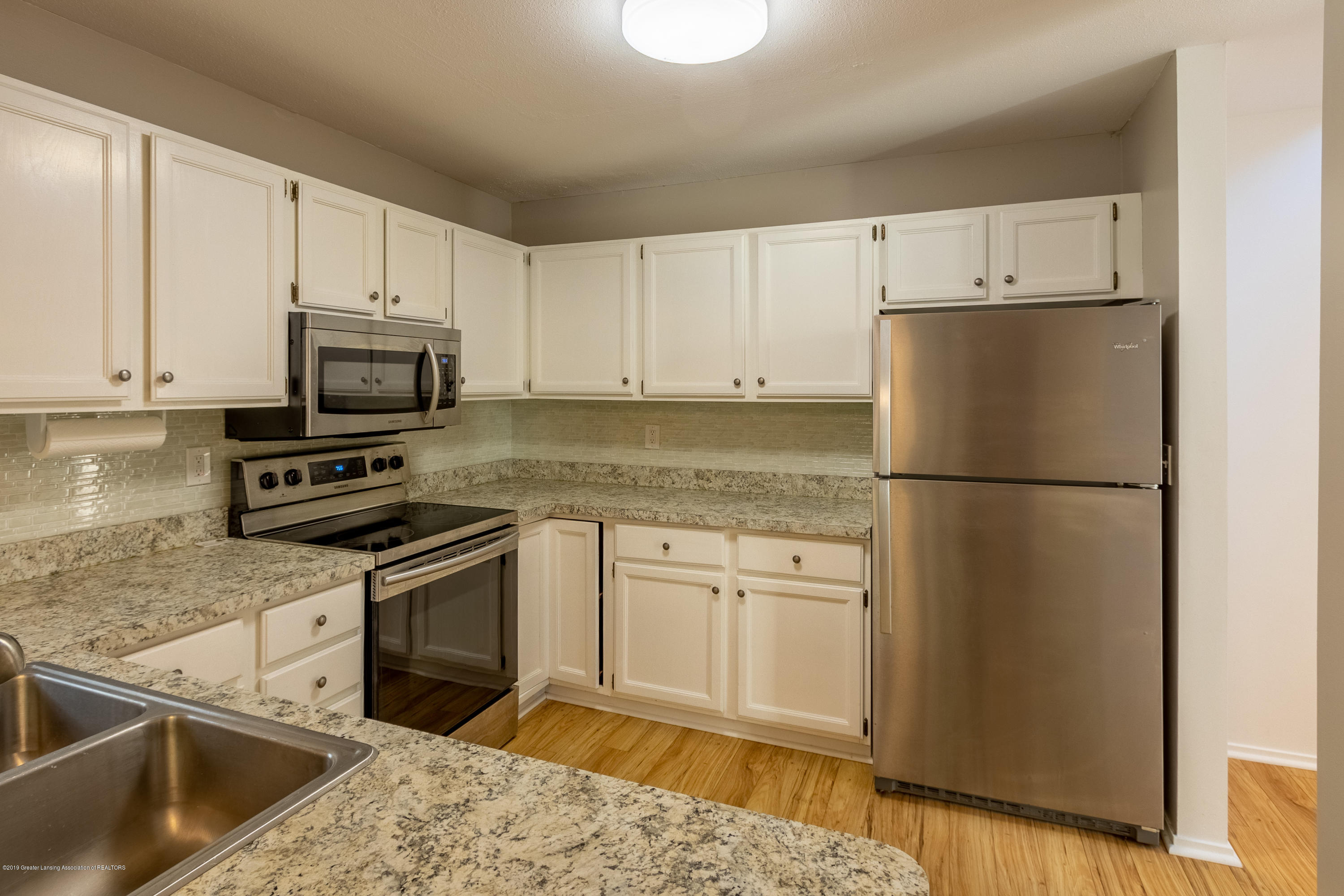 3740 Cavalier Dr 2 - Kitchen - 13