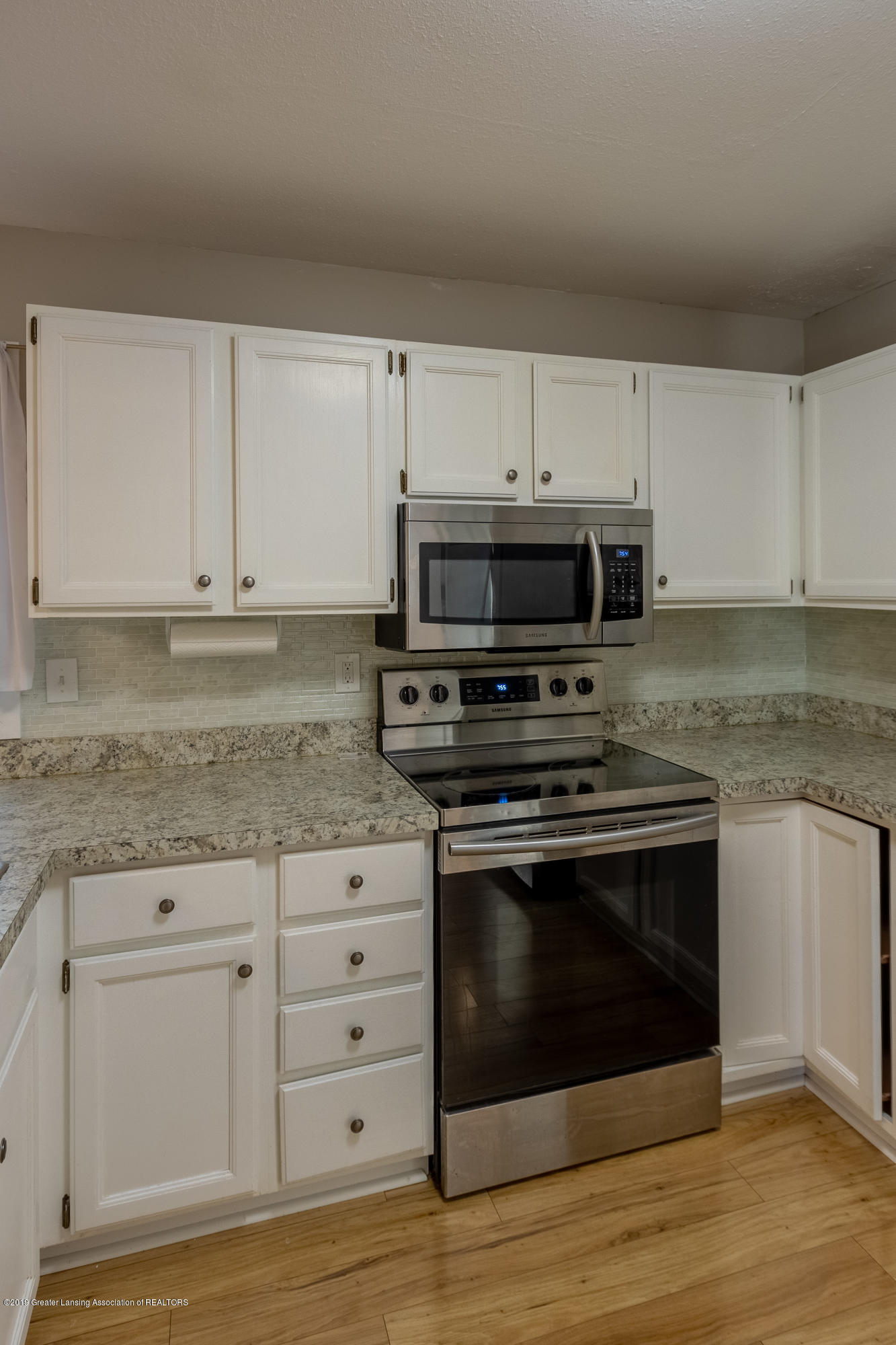 3740 Cavalier Dr 2 - Kitchen - 15