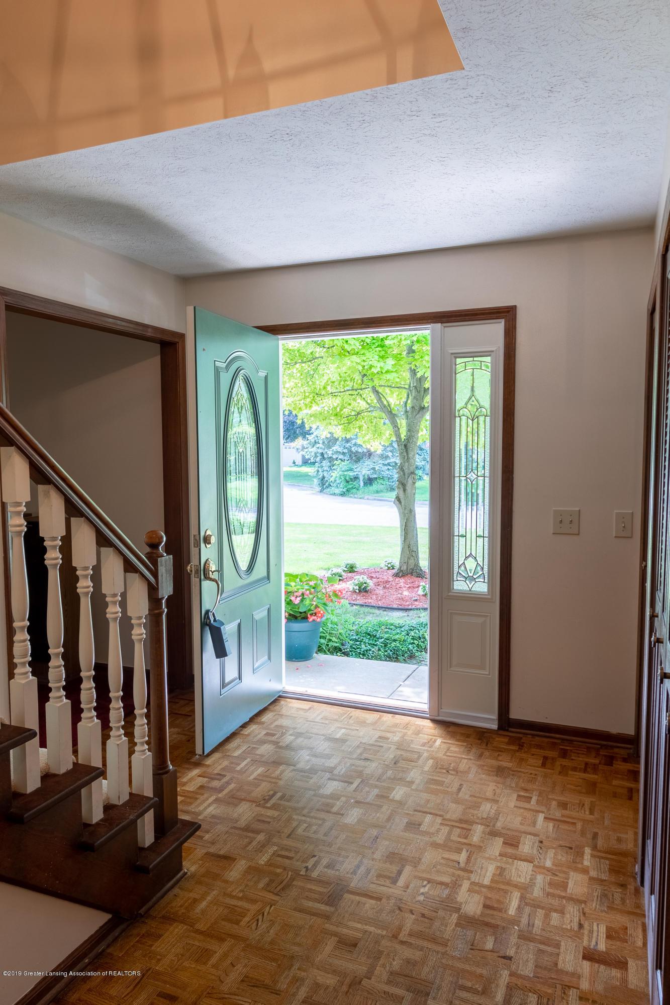 3901 Highwood Pl - Foyer - 11