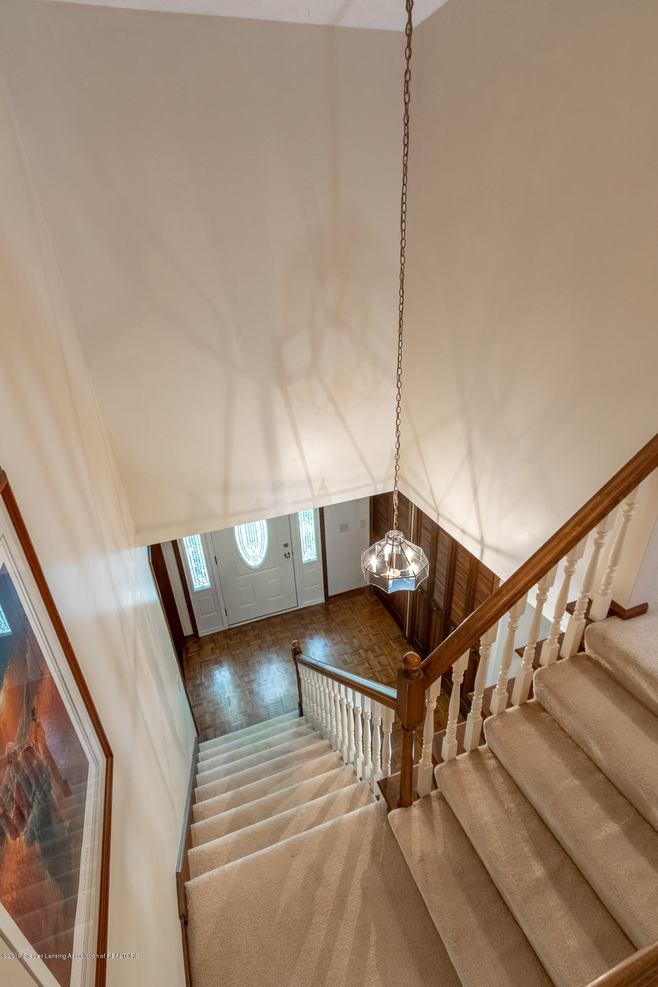 3901 Highwood Pl - Stairs to Upper Level - 32