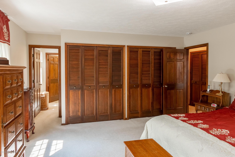 3901 Highwood Pl - Master Bedroom - 35