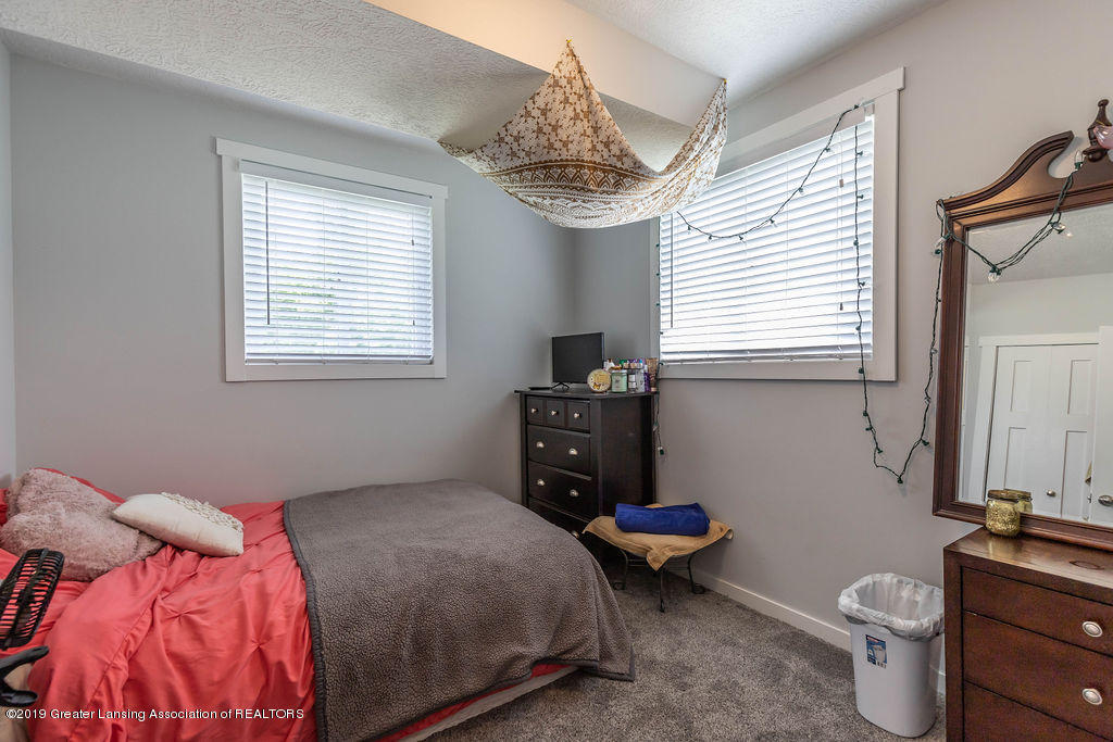 4602 N Smith Rd - smithbed3(1of1)[1] - 21