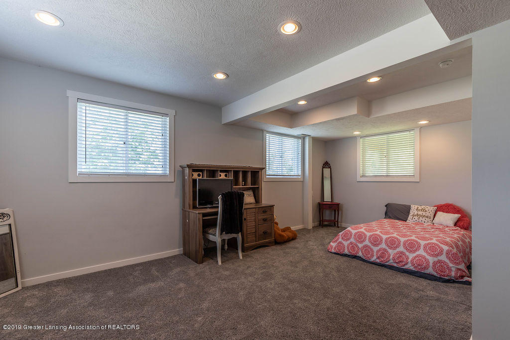 4602 N Smith Rd - smithds(1of1)[1] - 25