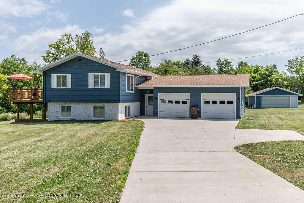4602 N Smith Rd - smithfront2(1of1)[1] - 1
