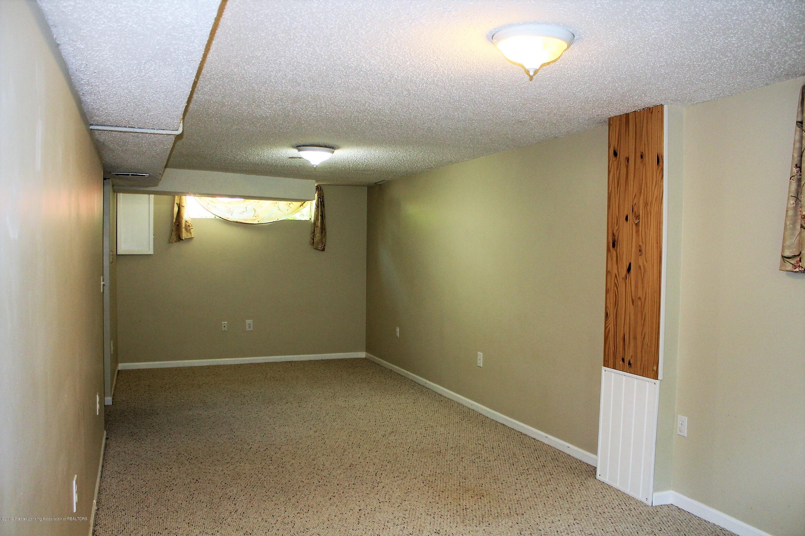 415 Park St - Rec Room - 21
