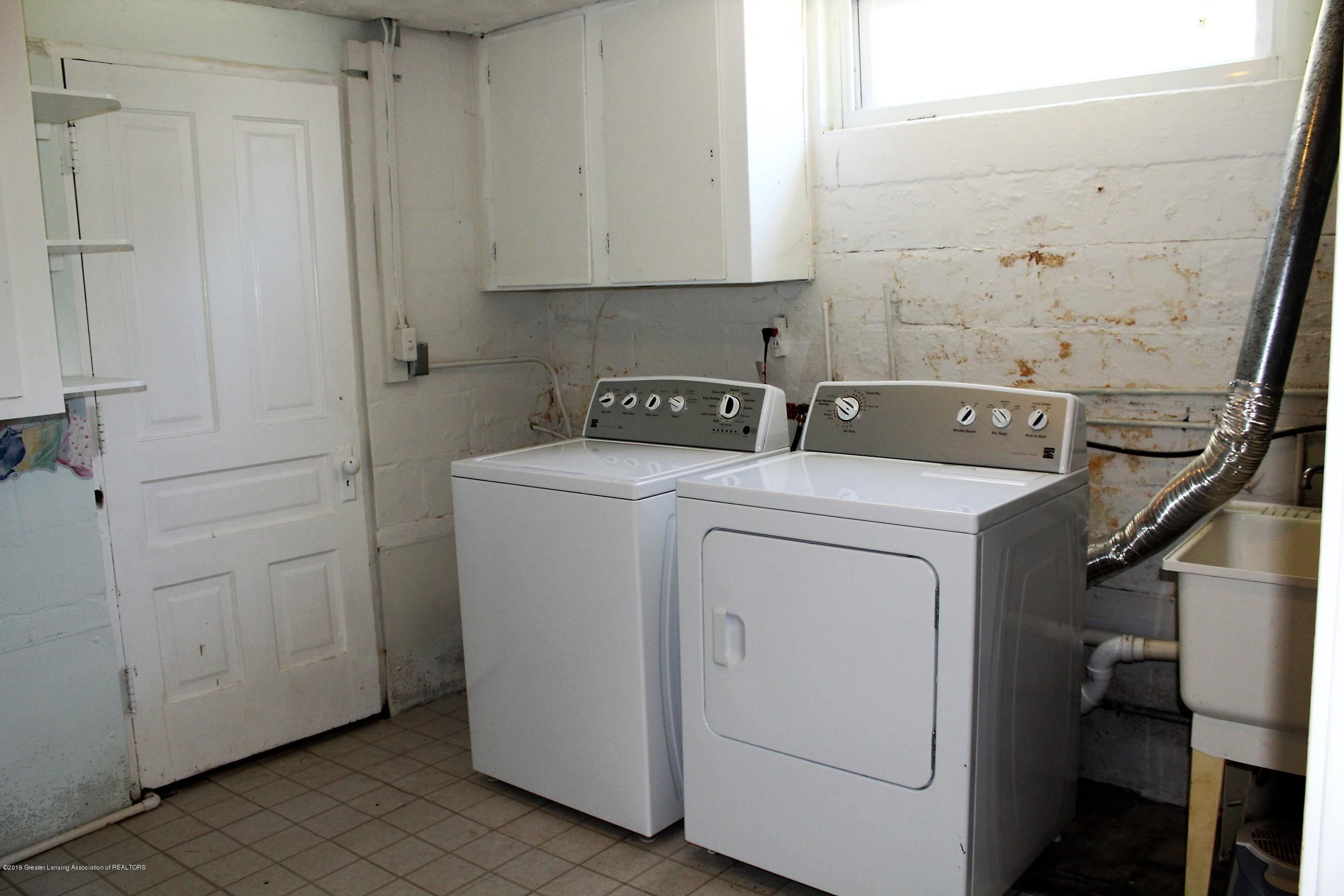 415 Park St - Laundry - 25