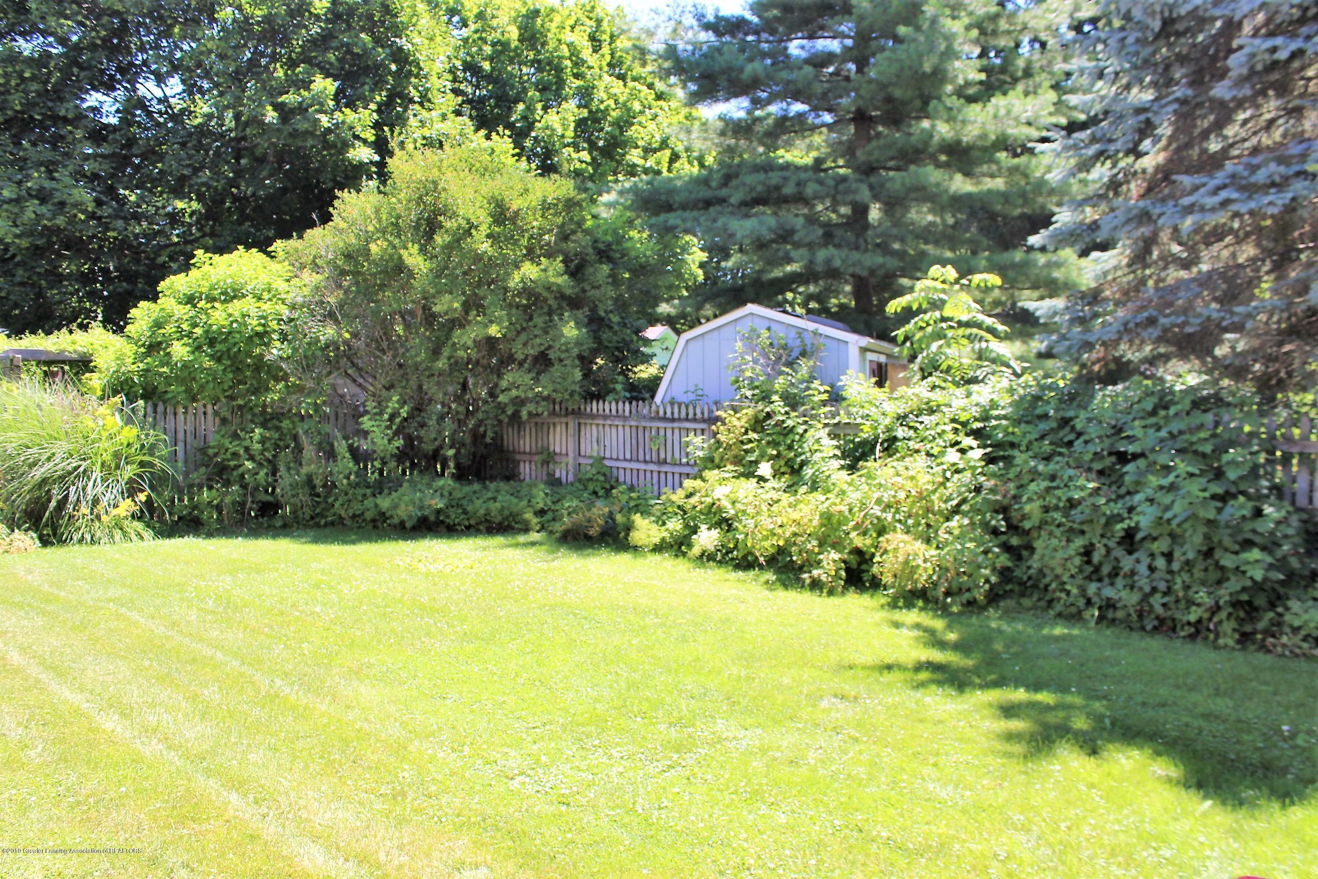 415 Park St - Back Yard - 35