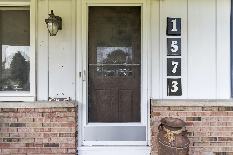 1573 Craig Rd - 1573-Craig-St-Lansing-MI-windowstill-6[2 - 20