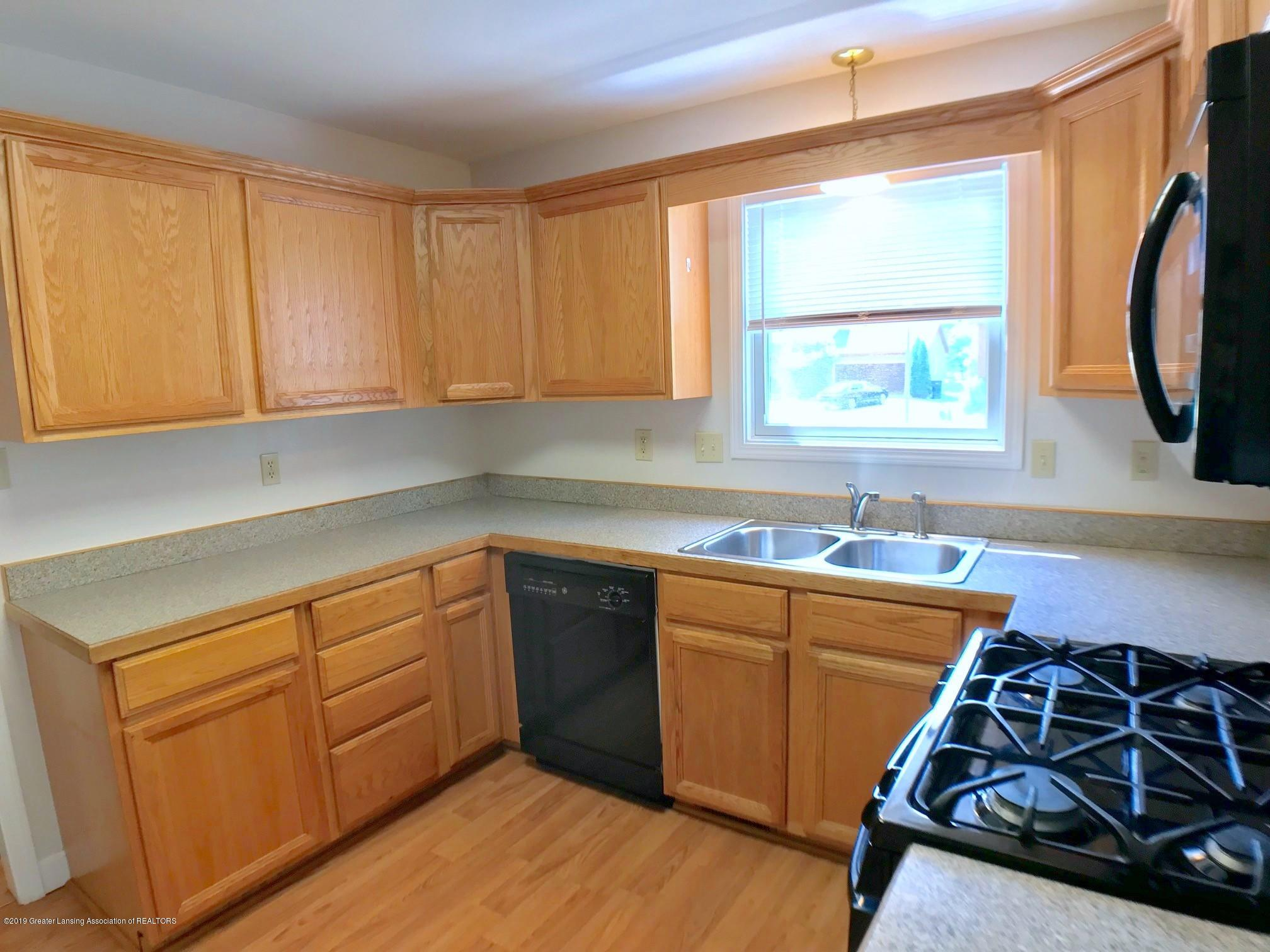 5703 Piper Ave - Kitchen - 12