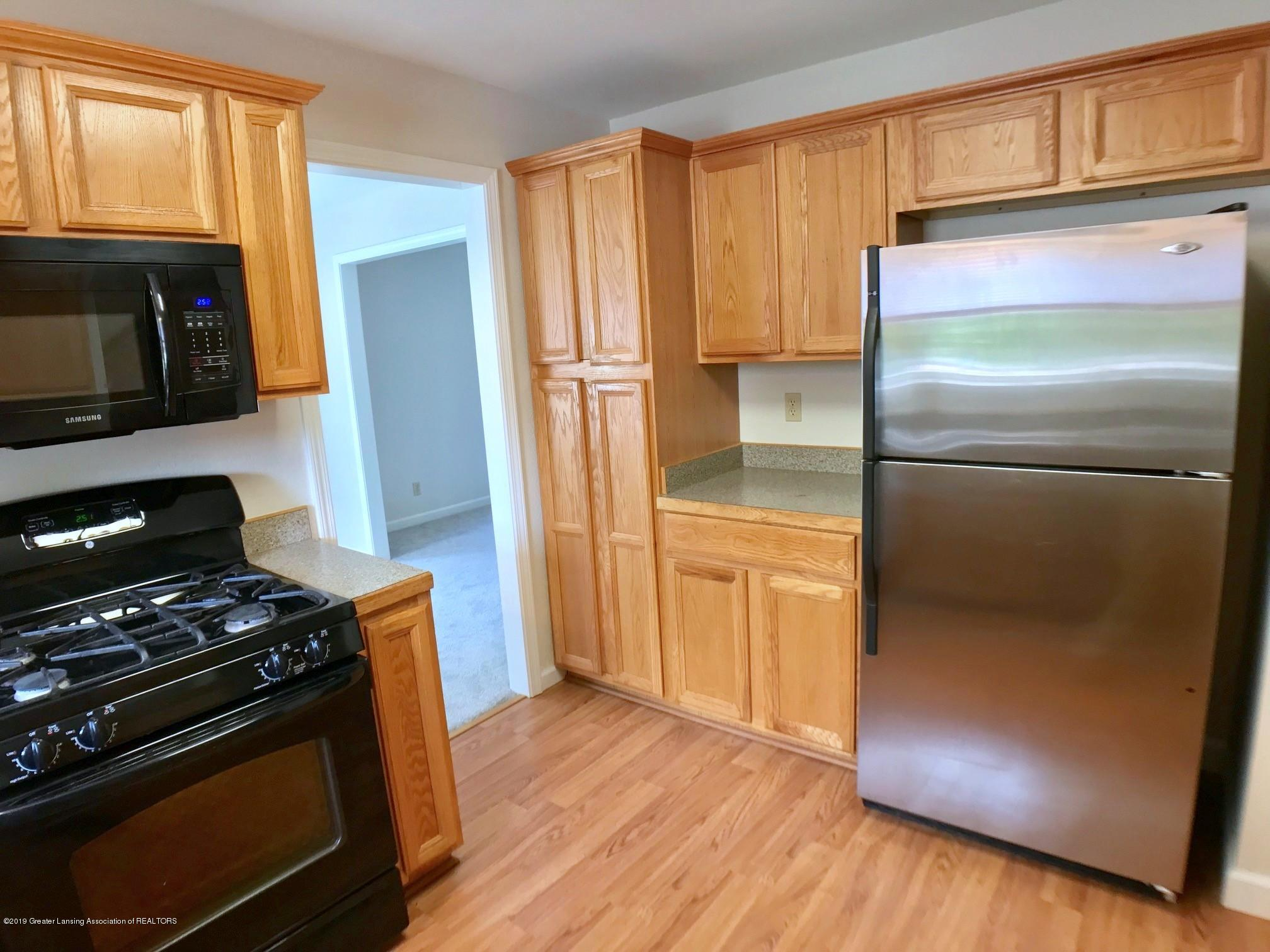 5703 Piper Ave - Kitchen - 13
