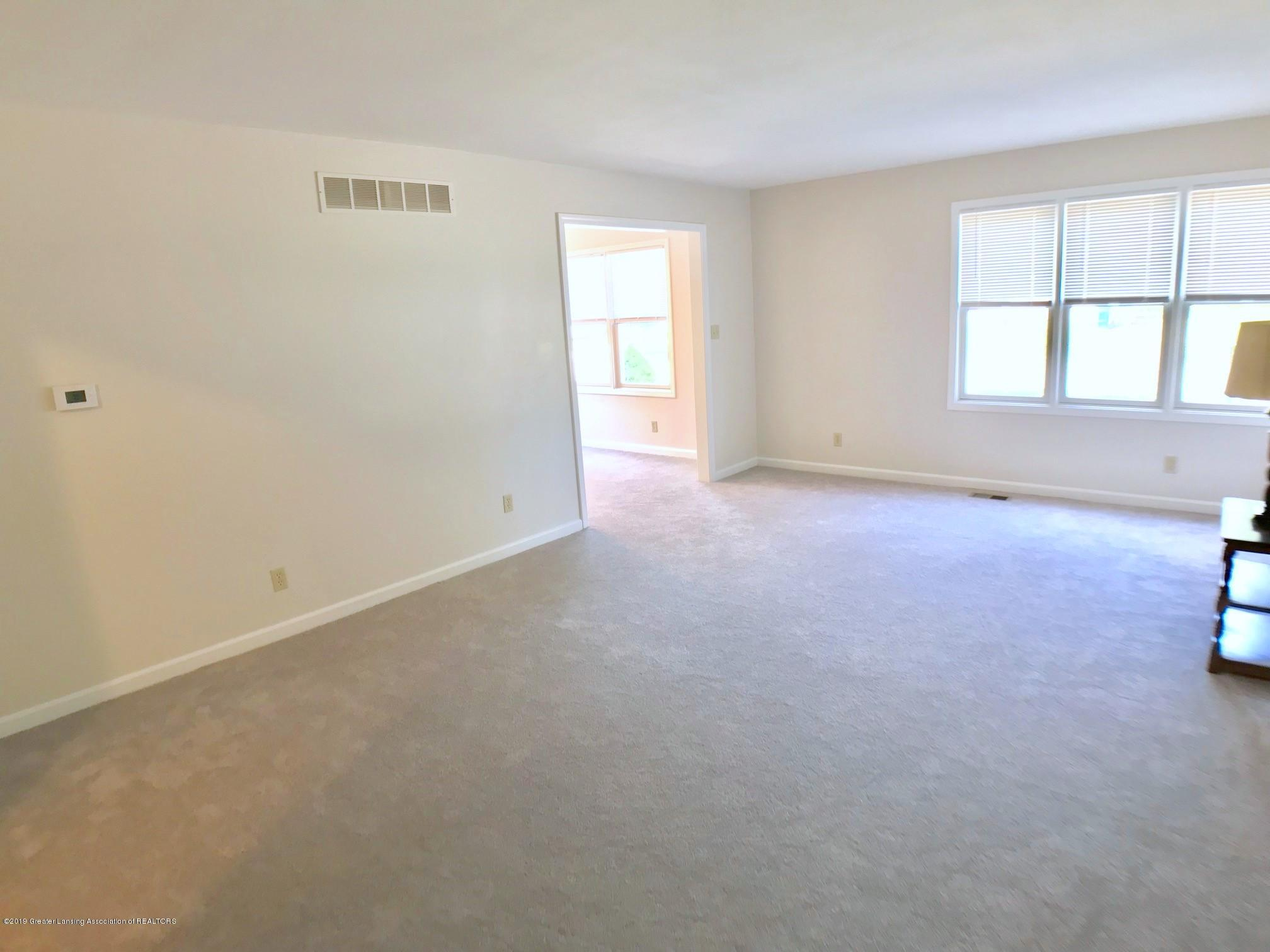5703 Piper Ave - Living Room - 7