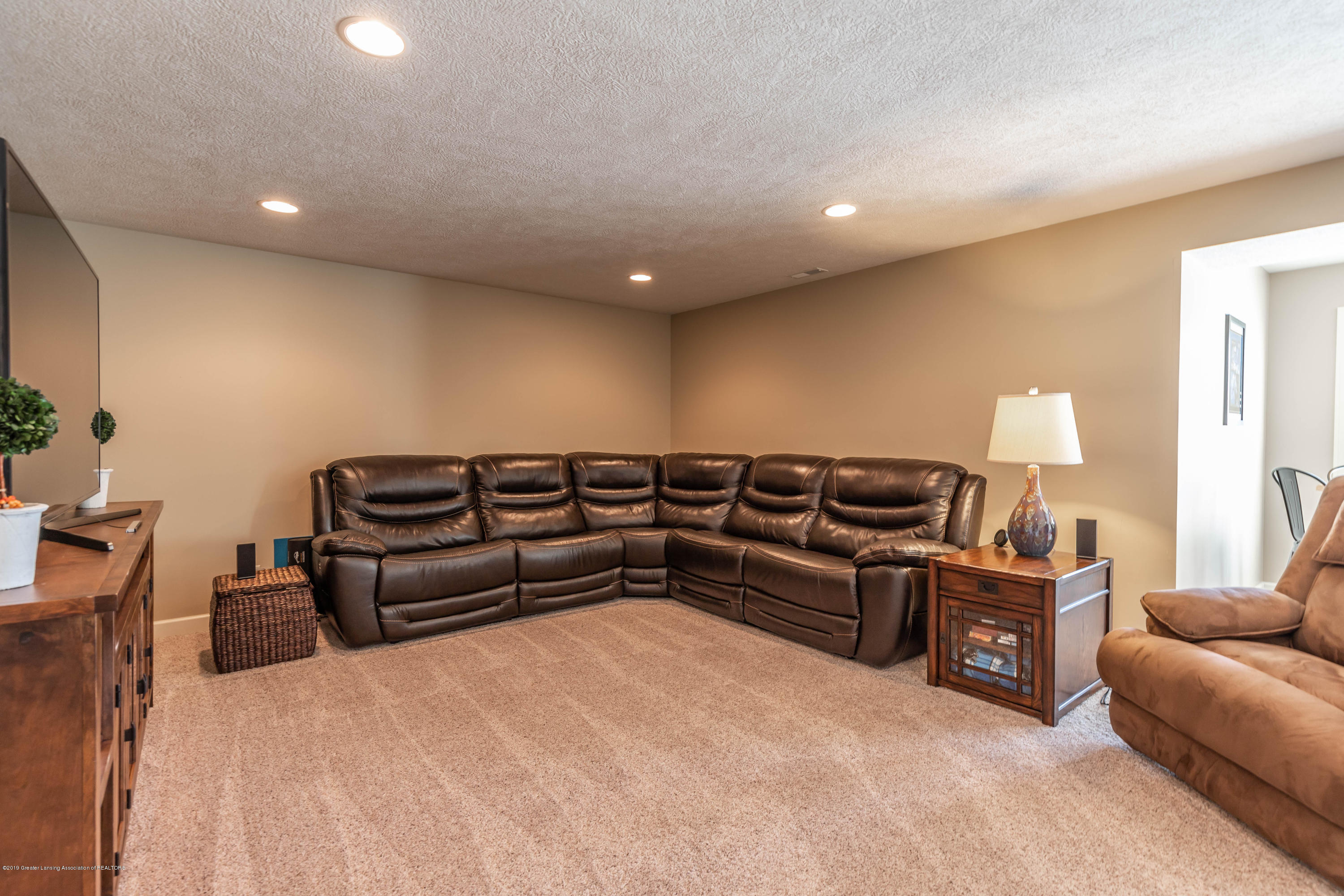 11840 Murano Dr - Family Room - 22