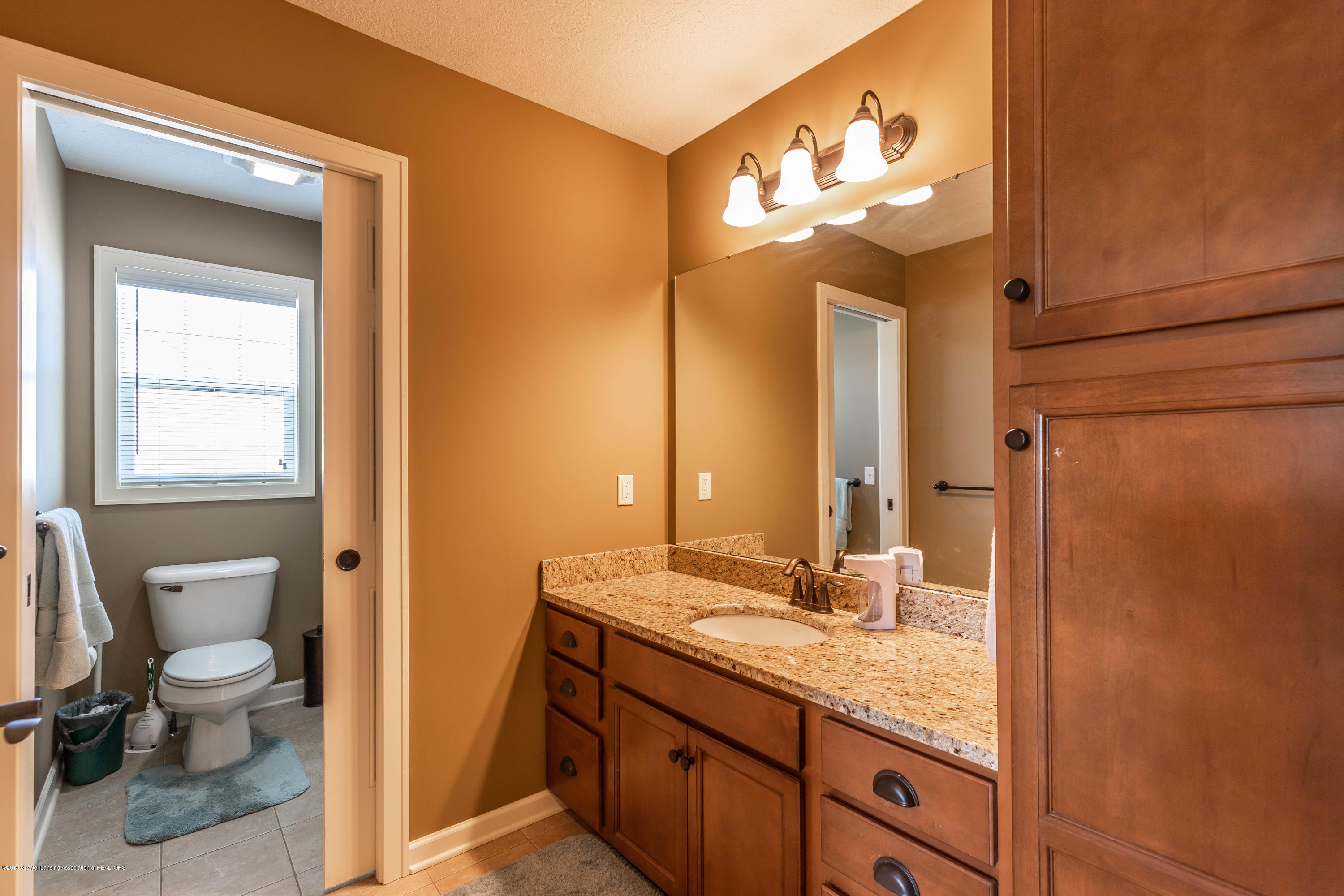 11840 Murano Dr - Full Bath 2 - 21