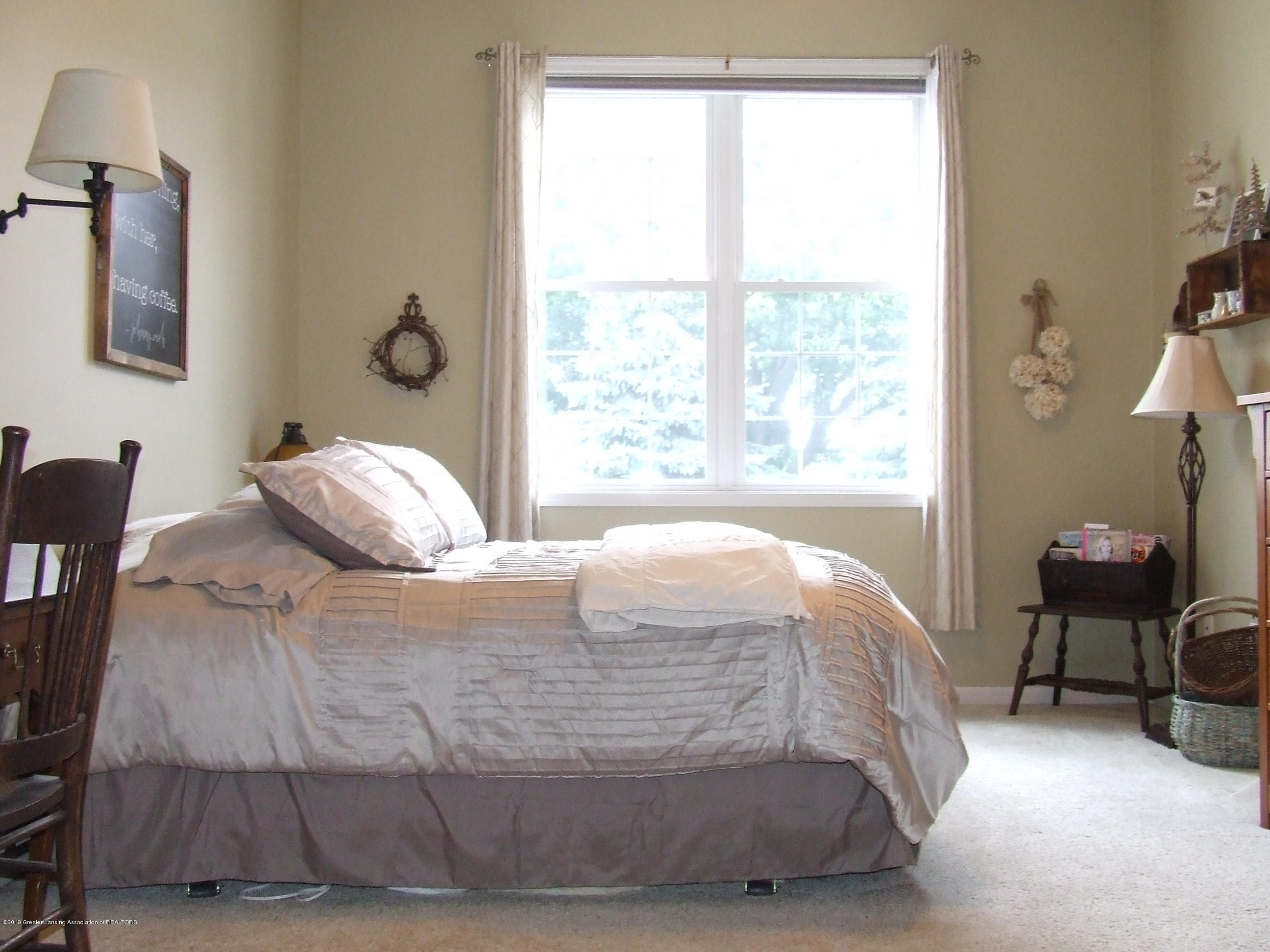 10812 Canterbury Ln - Master bedroom - 15