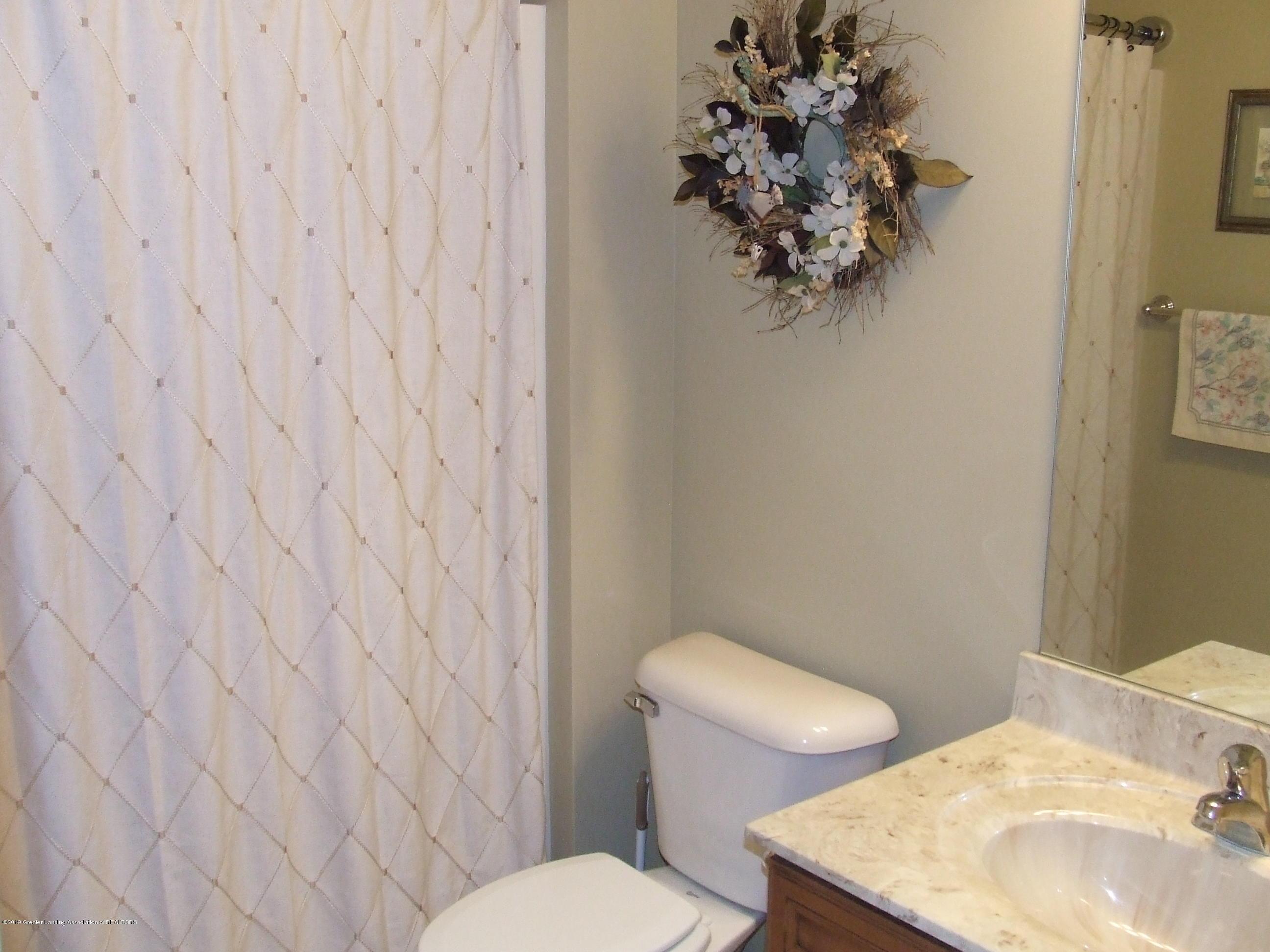 10812 Canterbury Ln - Bathroom - 20
