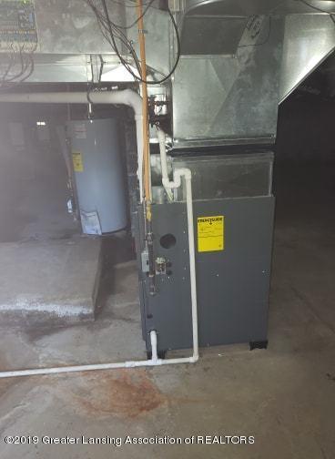 106 E Knight St - Furnace + Water Heater - 27