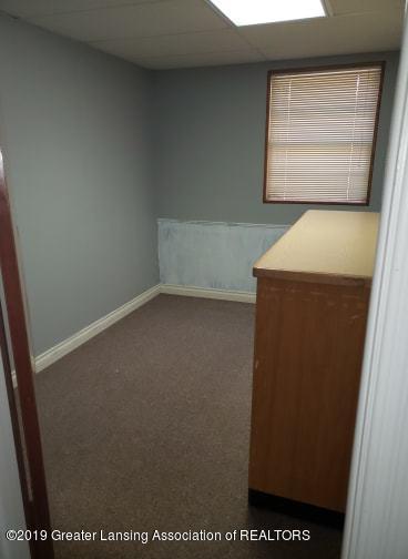 106 E Knight St - Office - 17