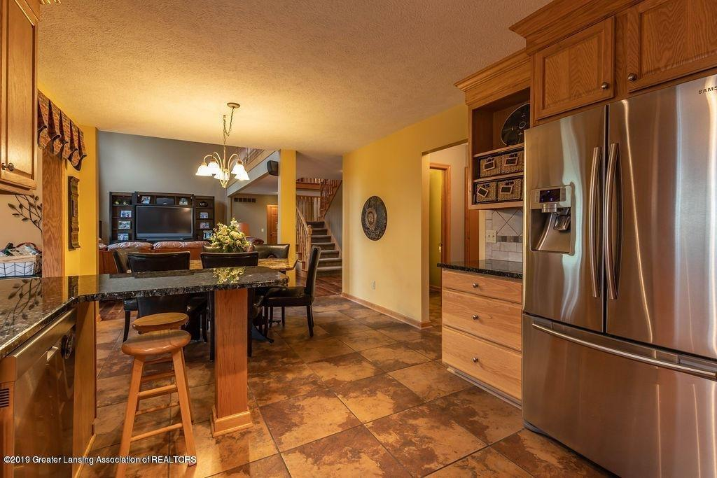 3150 Crofton Dr - Kitchen - 22