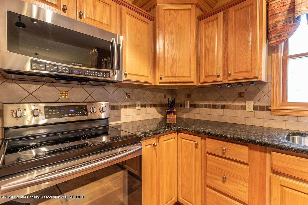 3150 Crofton Dr - Kitchen - 21
