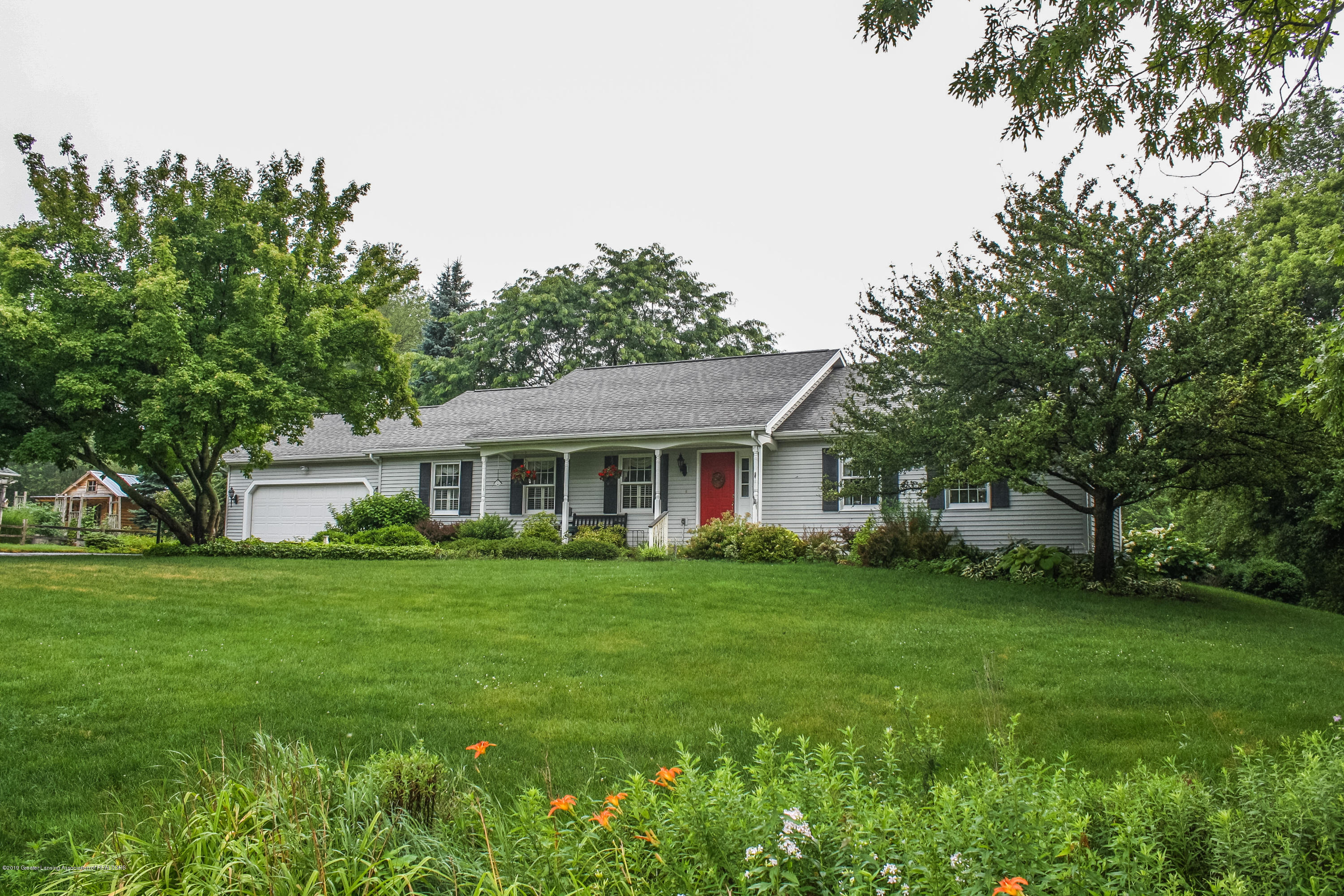 7077 Alward Rd - Front - 1