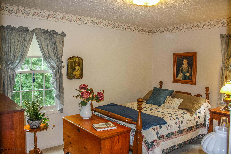 7077 Alward Rd - Bedroom - 19