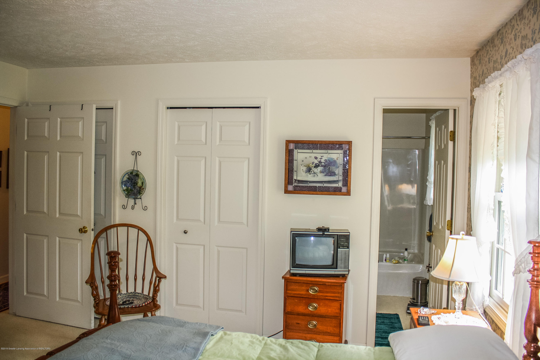7077 Alward Rd - Bedroom - 21