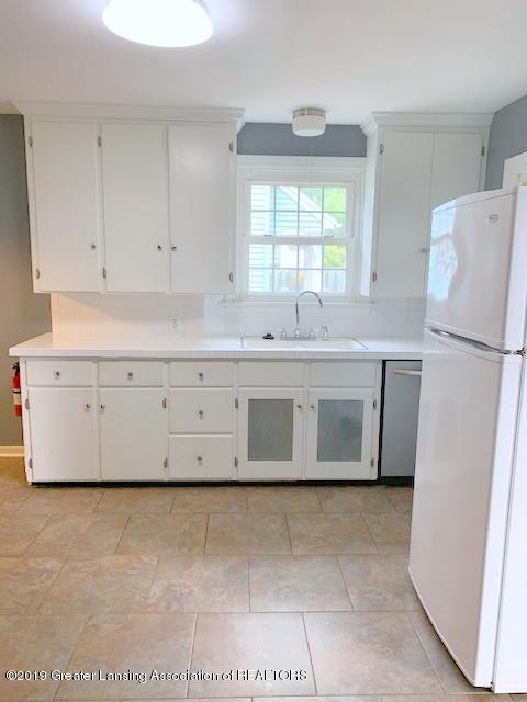 742 Cleo St - Kitchen - 14