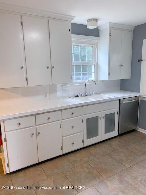 742 Cleo St - Kitchen - 18