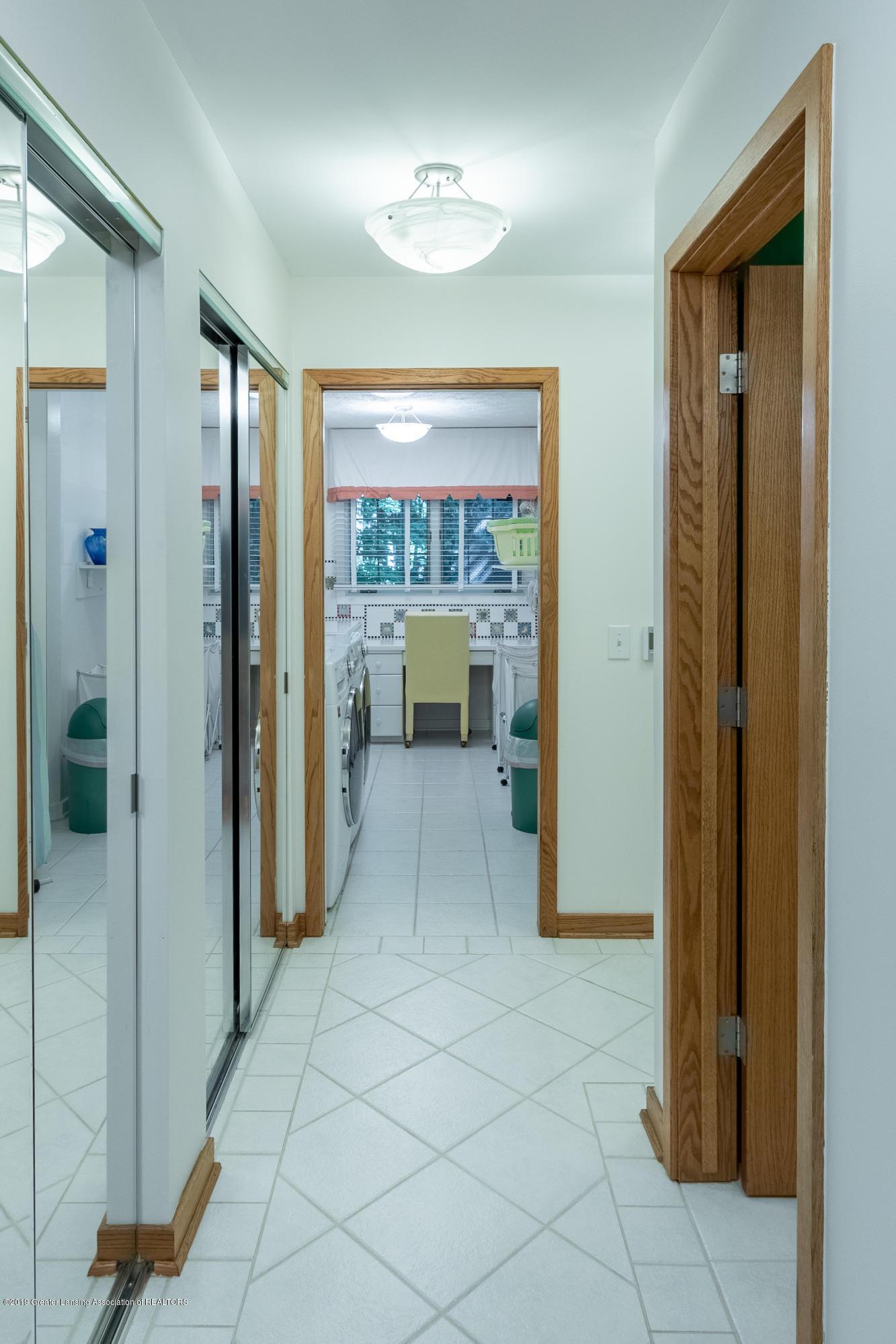 1994 Valley Brook - Hallway to Laundry & Half Bath - 25