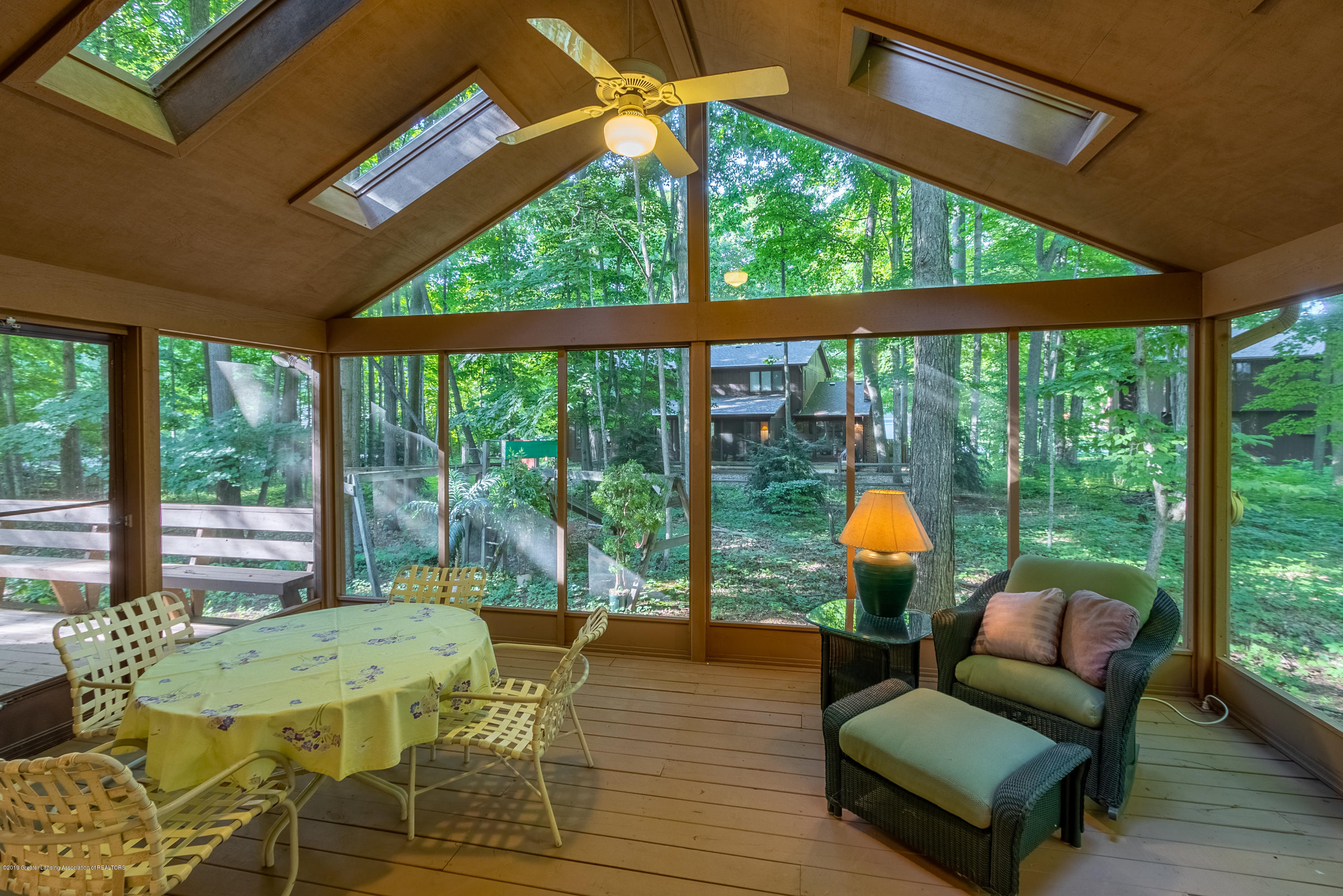 1994 Valley Brook - Screened in Porch - 21