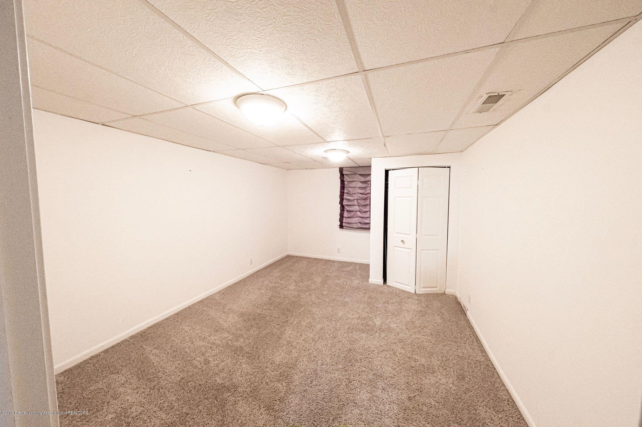 1303 Montgomery St - Basement room - 12