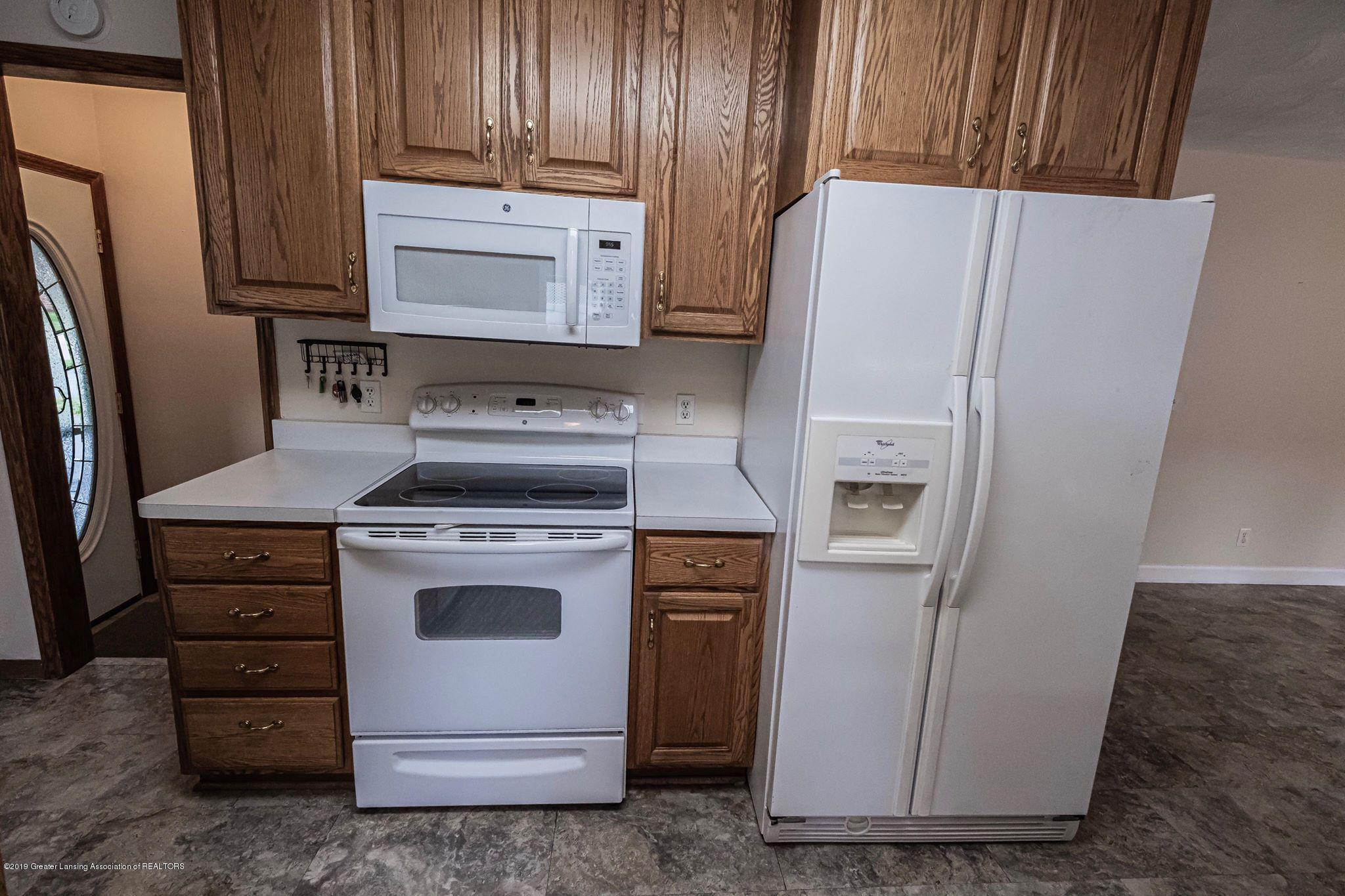 1303 Montgomery St - Kitchen Appliances - 24