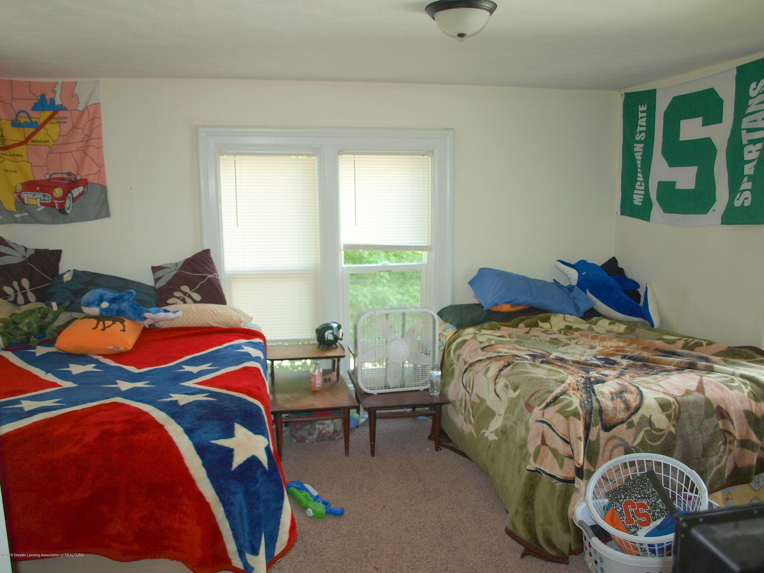 211 Wight St - Bedroom - 8