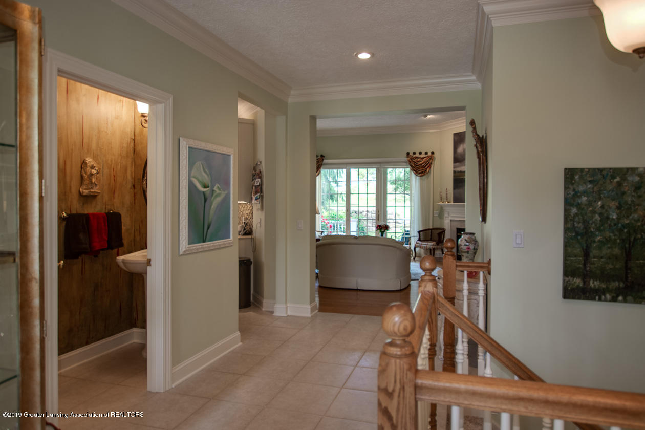 6103 E Longview Dr - Foyer - 5