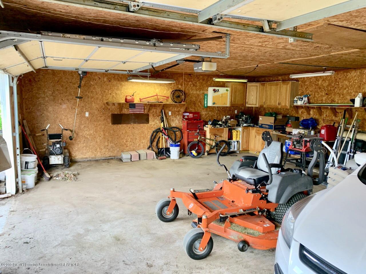 1203 Azalea Dr - garage cabinets - 55