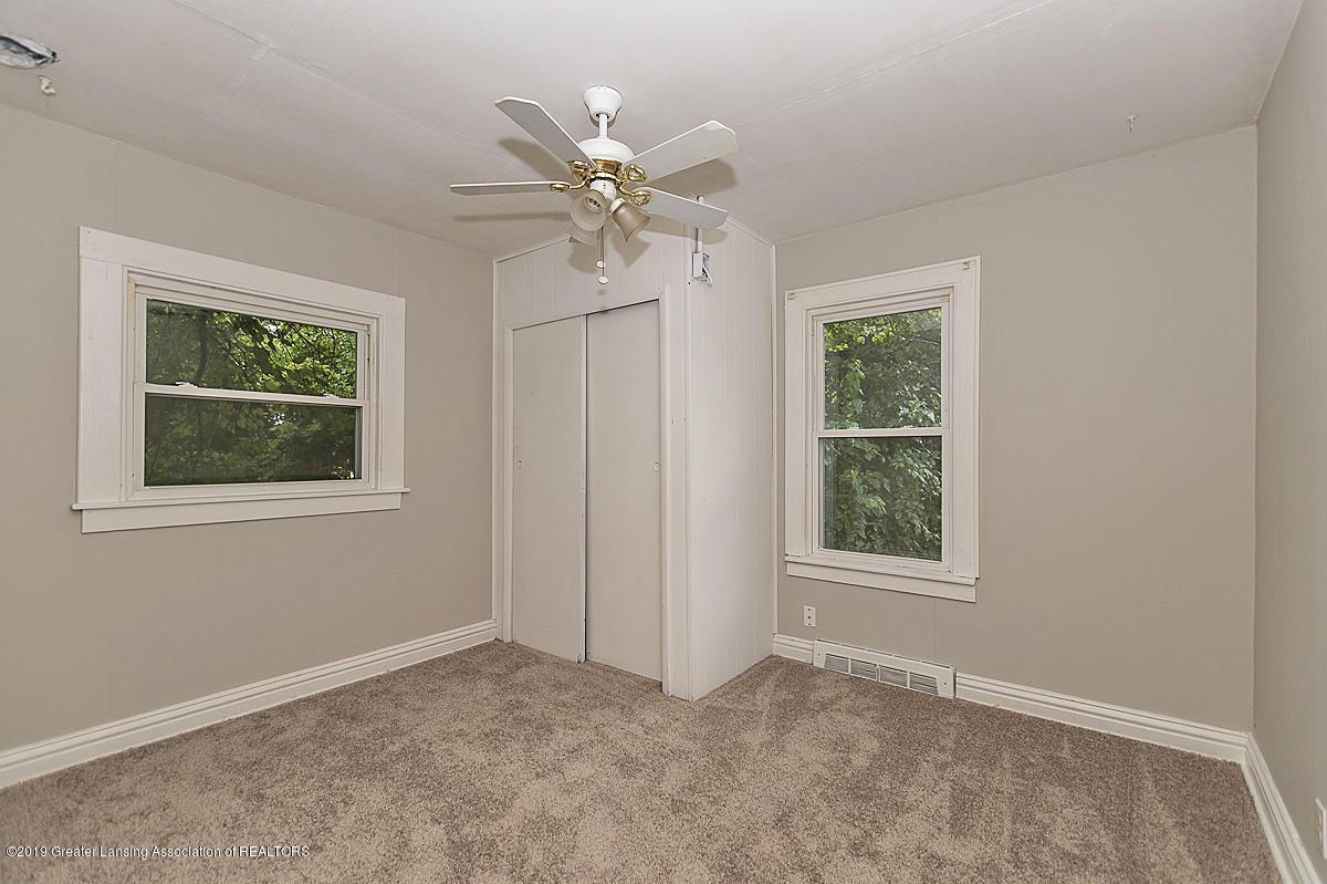 730 Maryland Ave - Back Bedroom - 7