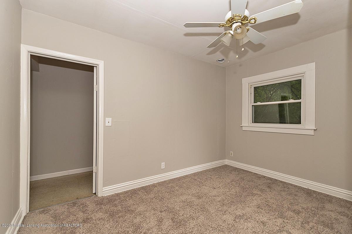 730 Maryland Ave - Back Bedroom - 8