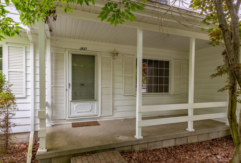 2661 Linden St - Front Entry - 5